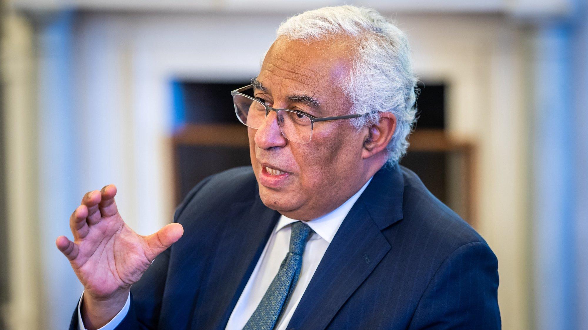 O primeiro-ministro, António Costa, em entrevista à Agência Lusa sobre a Cimeira Social da União Europeia, no Palácio de São Bento, em Lisboa, 05 de maio de 2021. (ACOMPANHA TEXTO DE 06 DE MAIO DE 2021) JOSÉ SENA GOULÃO/LUSA