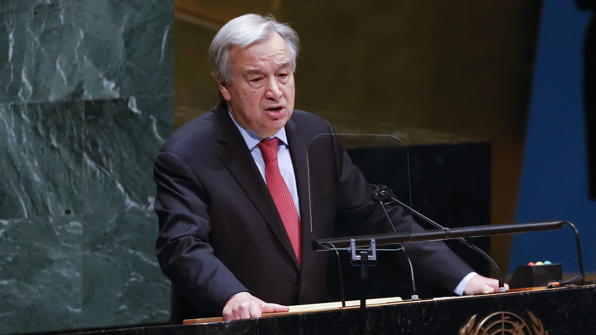 epa09215253 United Nations Secretary General Antonio Guterres addresses the United Nations General Assembly on the situation in the Middle East, including the Palestinian question, at United Nations Headquarters in New York, New York, USA, 20 May 2021.  EPA/JASON SZENES