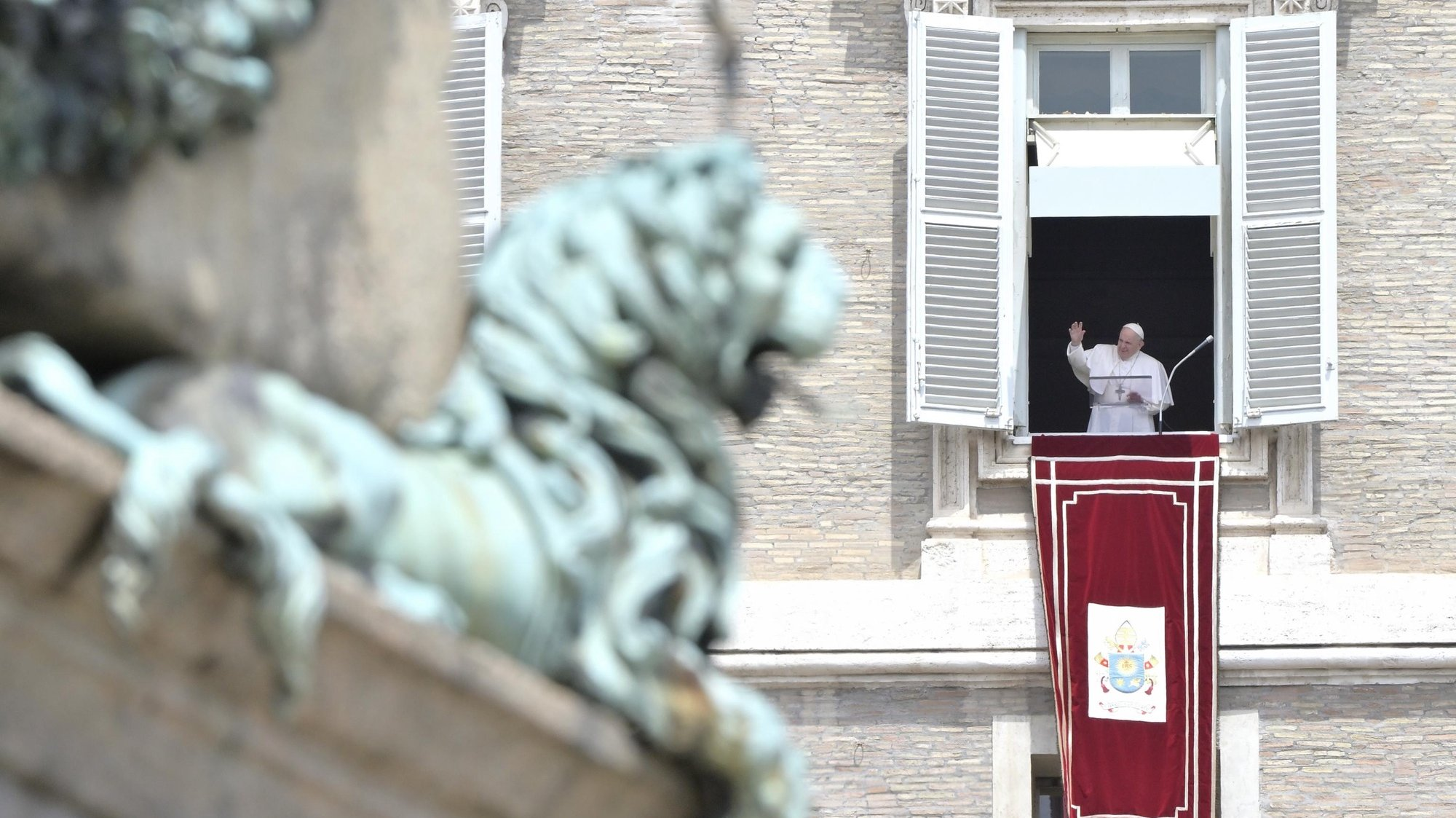 epa09236621 Pope Francis as he leads his Saturday Angelus prayer from the window of his office overlooking Saint Peter's Square at the Vatican, 30 May 2021.  EPA/CLAUDIO PERI