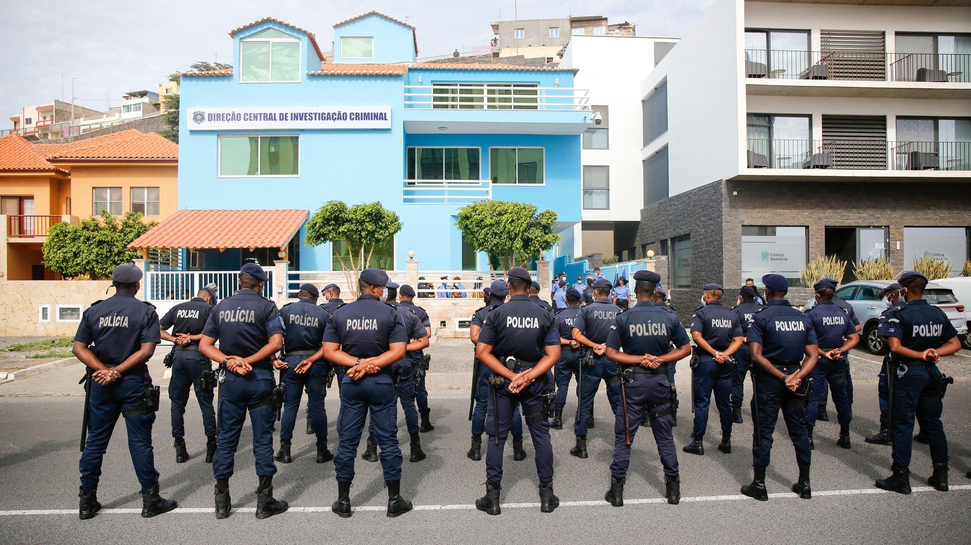 Foi esta manhã inaugurada a sede da Direção Central de Investigação Criminal da Polícia Nacional cabo-verdiana  pelo ministro da Administração Interna de Cabo Verde, Paulo Rocha (ausente da fotografia), na cidade da Praia, Cabo Verde, 09 de fevereiro de 2021. FERNANDO DE PINA/LUSA