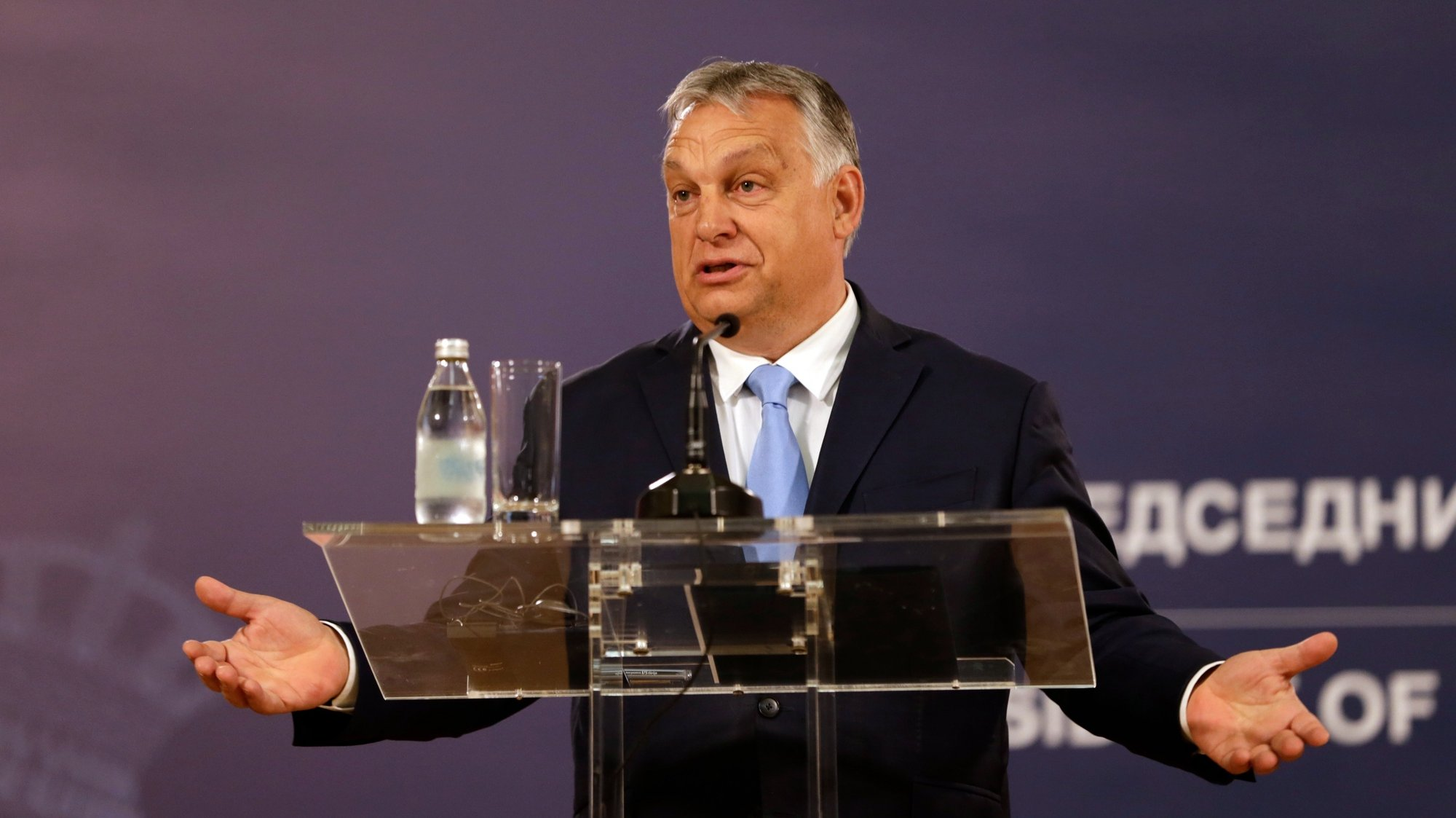 epa09331056 Hungarian Prime Minister Viktor Orban talks during a press conference after a meeting with Serbian President Vucic in Belgrade, Serbia, 08 July 2021. Orban is on an official visit to Serbia.  EPA/ANDREJ CUKIC