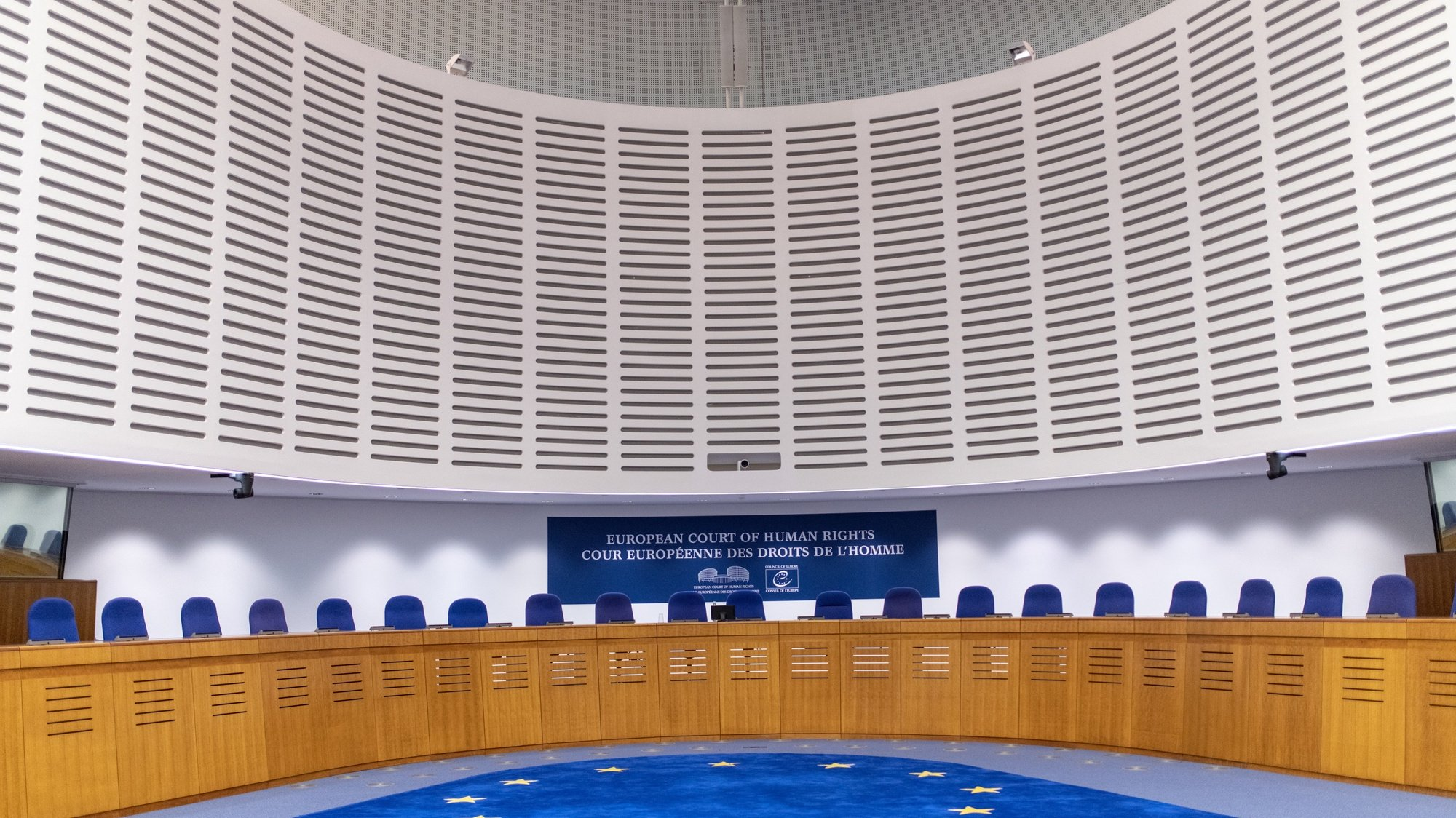 epa07166801 The courtroom in the European Court of Human Rights (ECHR) is seen ahead of the judgment regarding the case of Russian opposition leader Alexei Navalny against Russia at the court in Strasbourg, France, 15 November 2018. The case deals with the arrest of Alexei Navalny on seven occasions at different public gatherings, and his subsequent prosecution for administrative offences.  EPA/PATRICK SEEGER