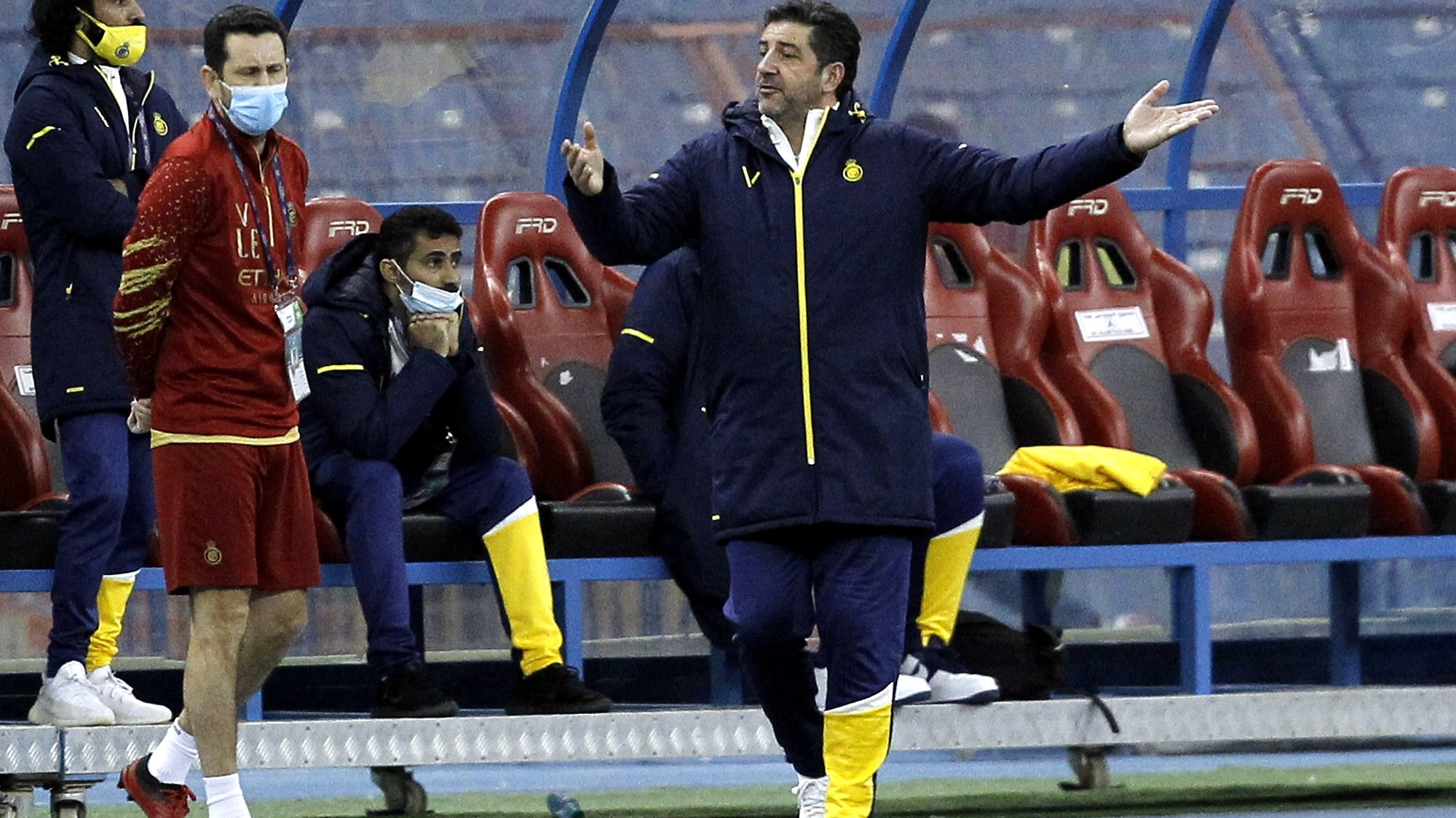 epa08868844 Al-Nassr's coach Rui Vitoria reacts during the Saudi Professional League soccer match between Al-Nassr and Al-Ettifaq at King Fahd International Stadium, in Riyadh, Saudi Arabia, 07 December 2020.  EPA/STR