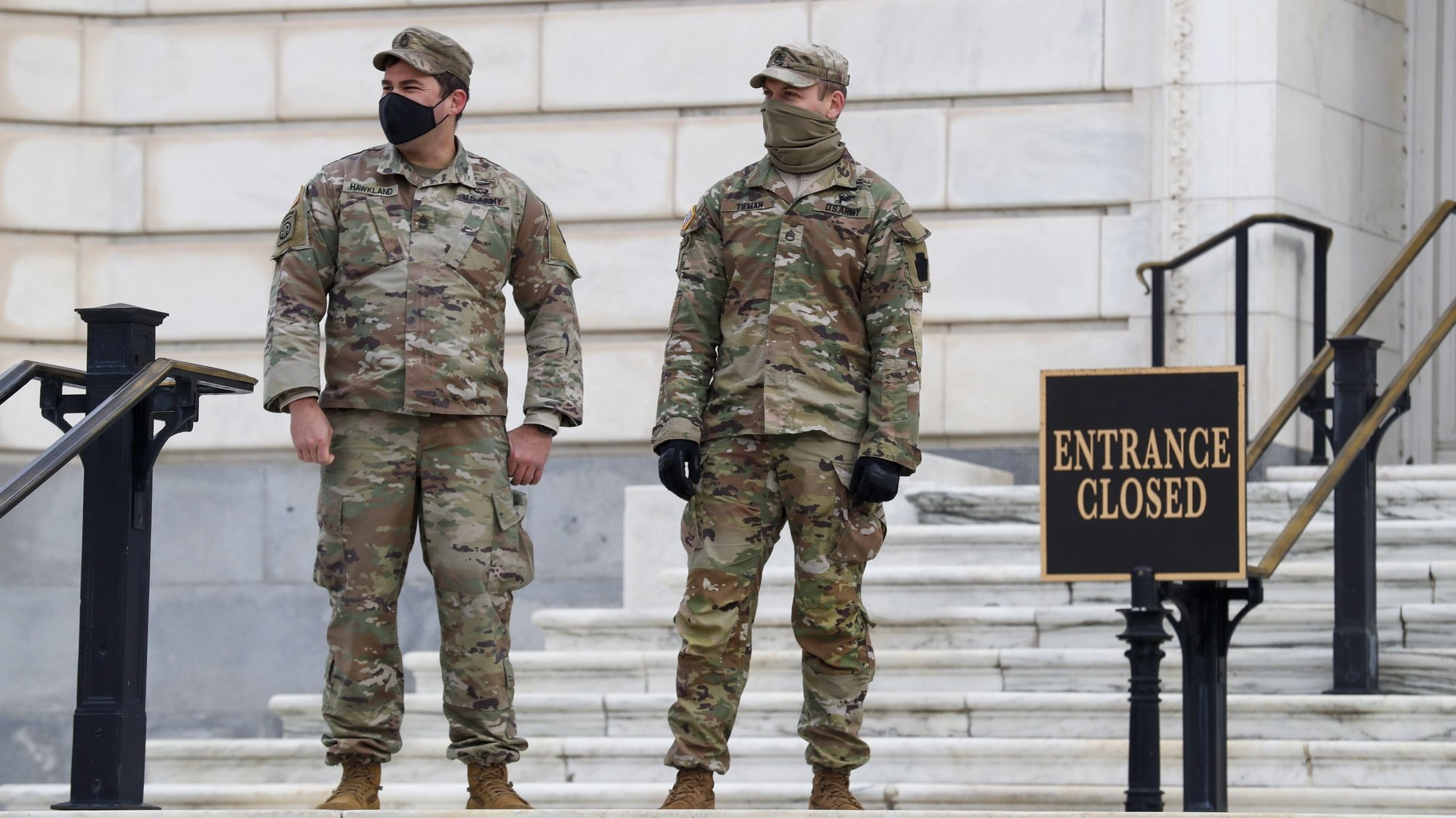 epa08931876 National Guard soldiers stand guard at the US Capitol in Washington, DC, USA, 11 January 2021. Speaker of the House Nancy Pelosi plans to introduce articles of impeachment against US President Donald J. Trump for incitement of insurrection following the attack on the US Capitol on 06 January as lawmakers worked to certify Joe Biden as the next President of the United States.  EPA/SHAWN THEW