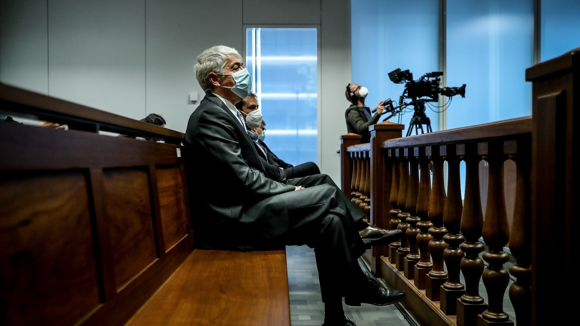 The defendant and former Prime Minister Jose Socrates during the reading of the instructional decision of the high-profile corruption case known as Operation Marques, at the Justice Campus in Lisbon, Portugal, 09 April 2021. Operation Marques has 28 defendants - 19 people and 9 companies - including former Prime Minister Jose Socrates, banker Ricardo Salgado, businessman and friend of Socrates Carlos Santos Silva, and senior executives of Portugal Telecom, and is related to crimes of active and passive corruption, money laundering, document forgery, and tax fraud.  MARIO CRUZ/POOL/LUSA