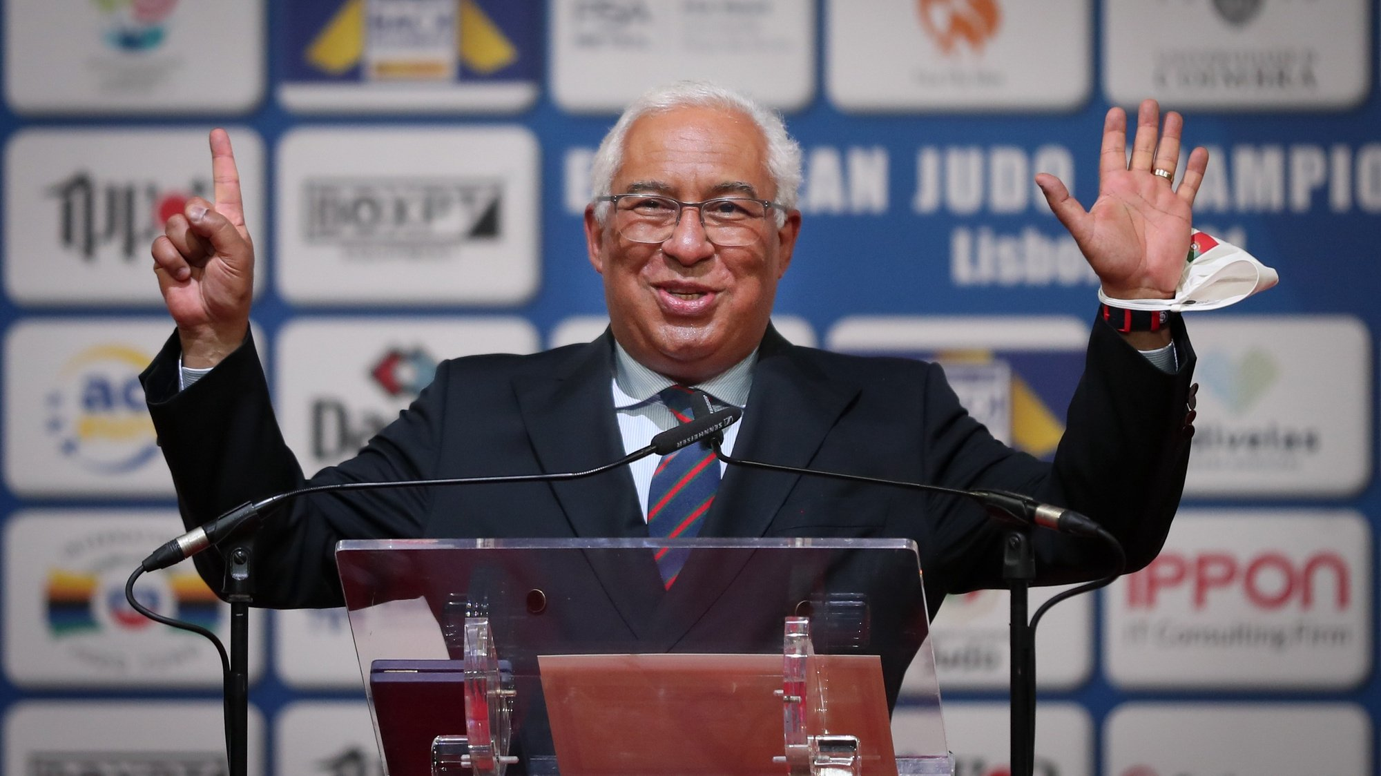 """Portuguese Prime-minister, António Costa, delivers a speech during the awarding ceremony of Telma Monteiro of Portugal, winner of the gold medal in yesterday`s competition in the women's -57Kg category, with the """"Medal of Honor of Sports Merit"""" delivered at the European Judo Championships in Lisbon, Portugal, 17 April 2021. NUNO VEIGA/LUSA"""