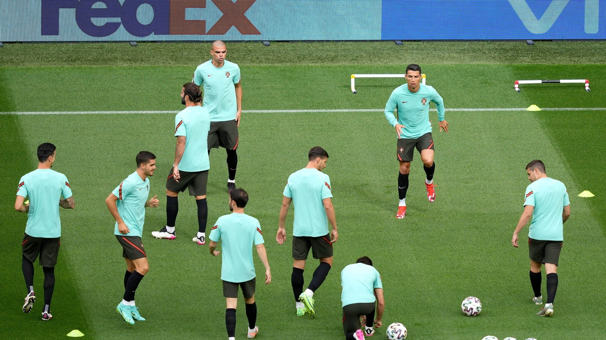 Portugal´s national soccer team players in action during a training session at Puskás Aréna, Hungay, 14 June 2021. Portugal will face Hungay in their UEFA EURO 2020 group F round soccer match on 15 June 2021. HUGO DELGADO/LUSA