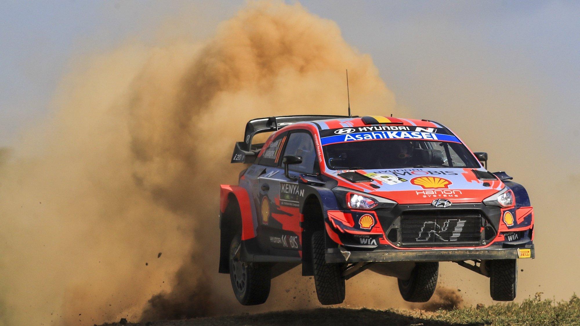 epa09296952 Thierry Neuville of Belgium drives his HYUNDAI i20 Coupe WRC during the shakedown of the Safari Rally Kenya 2021, Nairobi, Kenya, 23 June 2021.  EPA/Reporter Images