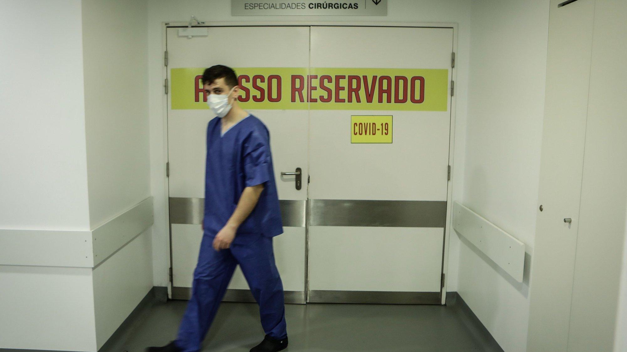 """O Hospital Sousa Martins da Guarda respondeu com """"sucesso"""" à pandemia da covid-19 e atravessa um período de acalmia que permite repor serviços nos locais originais e reduzir a área de internamento de 110 para 40 camas, Guarda, 20 de maio de 2020. (ACOMPANHA TEXTO DE 21/05/2020) MIGUEL PEREIRA DA SILVA/LUSA"""