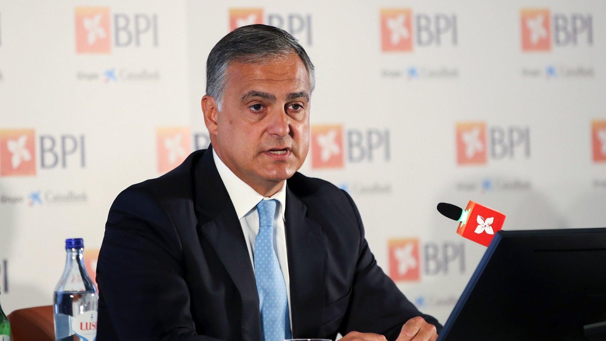 O presidente da Comissão Executiva do BPI, João Pedro Oliveira e Costa, durante a em conferência de imprensa para a apresentação de resultados do 3.º trimestre de 2020, em Lisboa, 03 de novembro de 2020. MANUEL DE ALMEIDA/LUSA