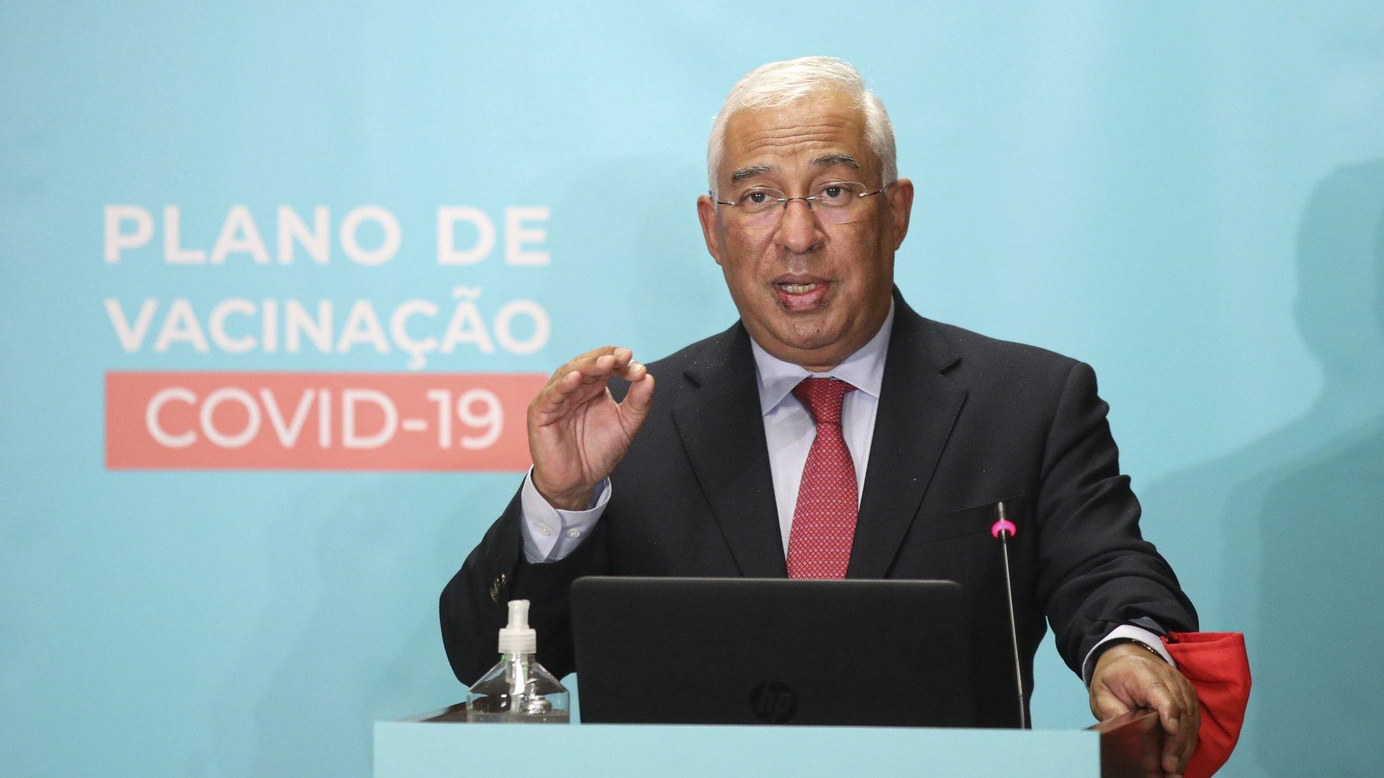 O primeiro-ministro, António Costa, usa da palavra durante a sessão pública de apresentação do Plano de Vacinação de Combate à covid-19, no Infarmed – Autoridade Nacional do Medicamento e Produtos de Saúde, em Lisboa, 03 dezembro de 2020. ANDRÉ KOSTERS/LUSA