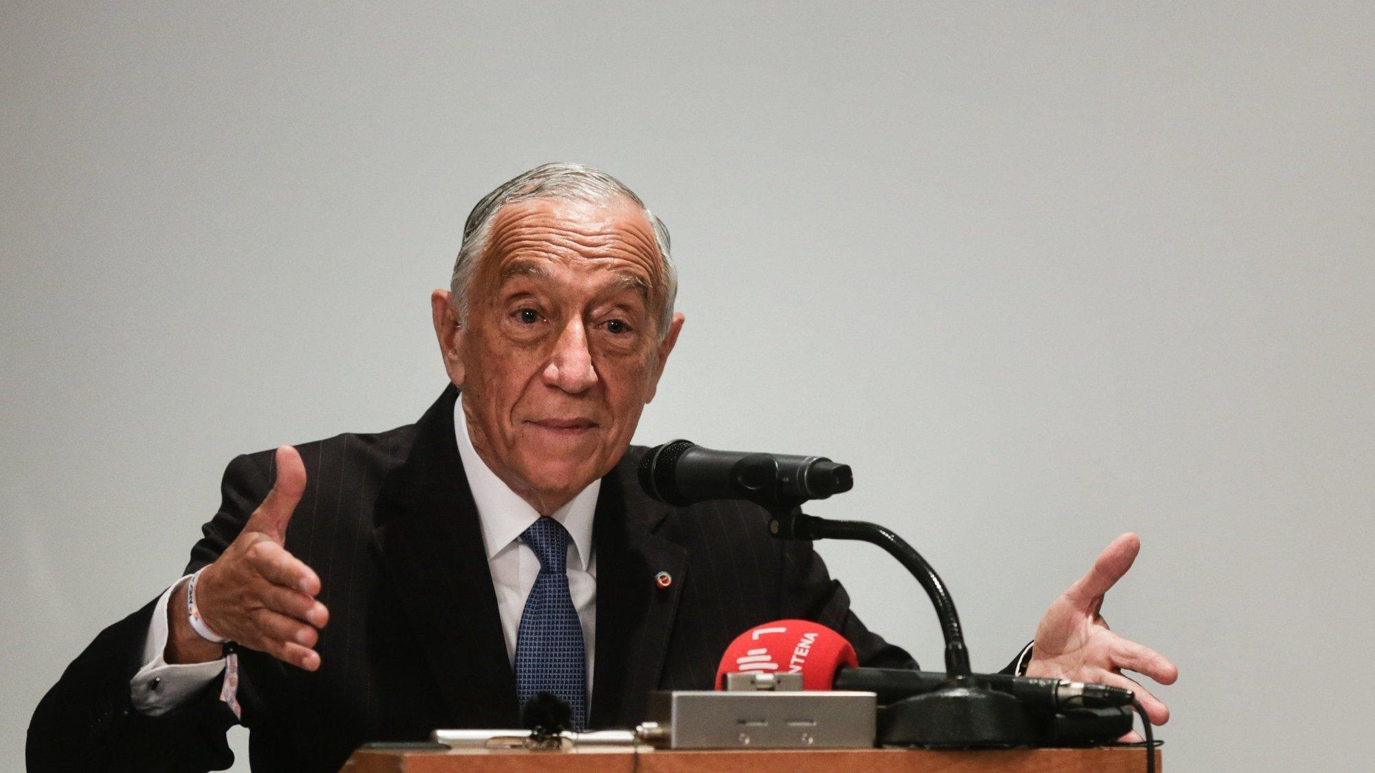 O Presidente da República, Marcelo Rebelo de Sousa, fala num encontro com representantes da Comunidade Portuguesa em Andorra, no âmbito da XXVII Cimeira Ibero-Americana, Andorra, 20 de abril de 2021. TIAGO PETINGA/LUSA