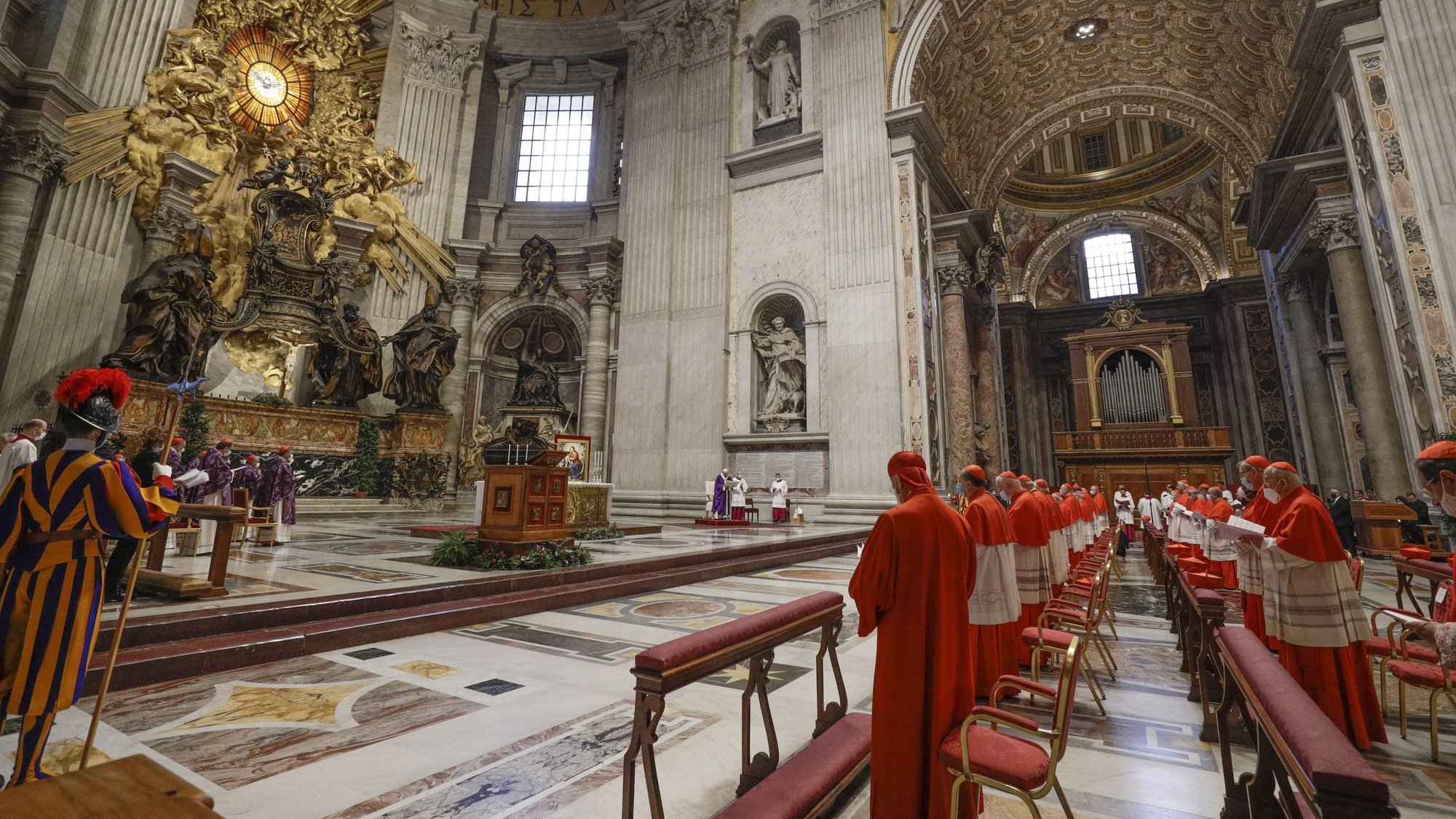 epa08850233 Pope Francis (C) celebrates a holy Mass the day after a Consistory where he raised 13 new cardinals to the highest rank in the Catholic hierarchy, at St. Peter's Basilica, Vatican City, 29 November 2020.  EPA/GREGORIO BORGIA / POOL
