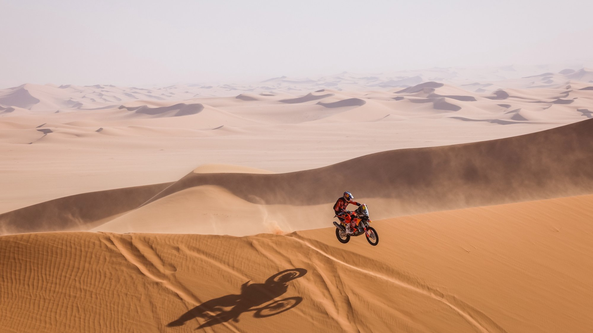 epa08920178 A handout photo made available by ASO of Toby Price of Australia, KTM, Red Bull KTM Factory Team, in action during the 3rd stage of the Dakar 2021 with start and finish in Wadi Al Dawasir, in Saudi Arabia on January 5, 2021,  EPA/Frederic Le Floch HANDOUT via ASO SHUTTERSTOCK OUT HANDOUT EDITORIAL USE ONLY/NO SALES/NO ARCHIVES