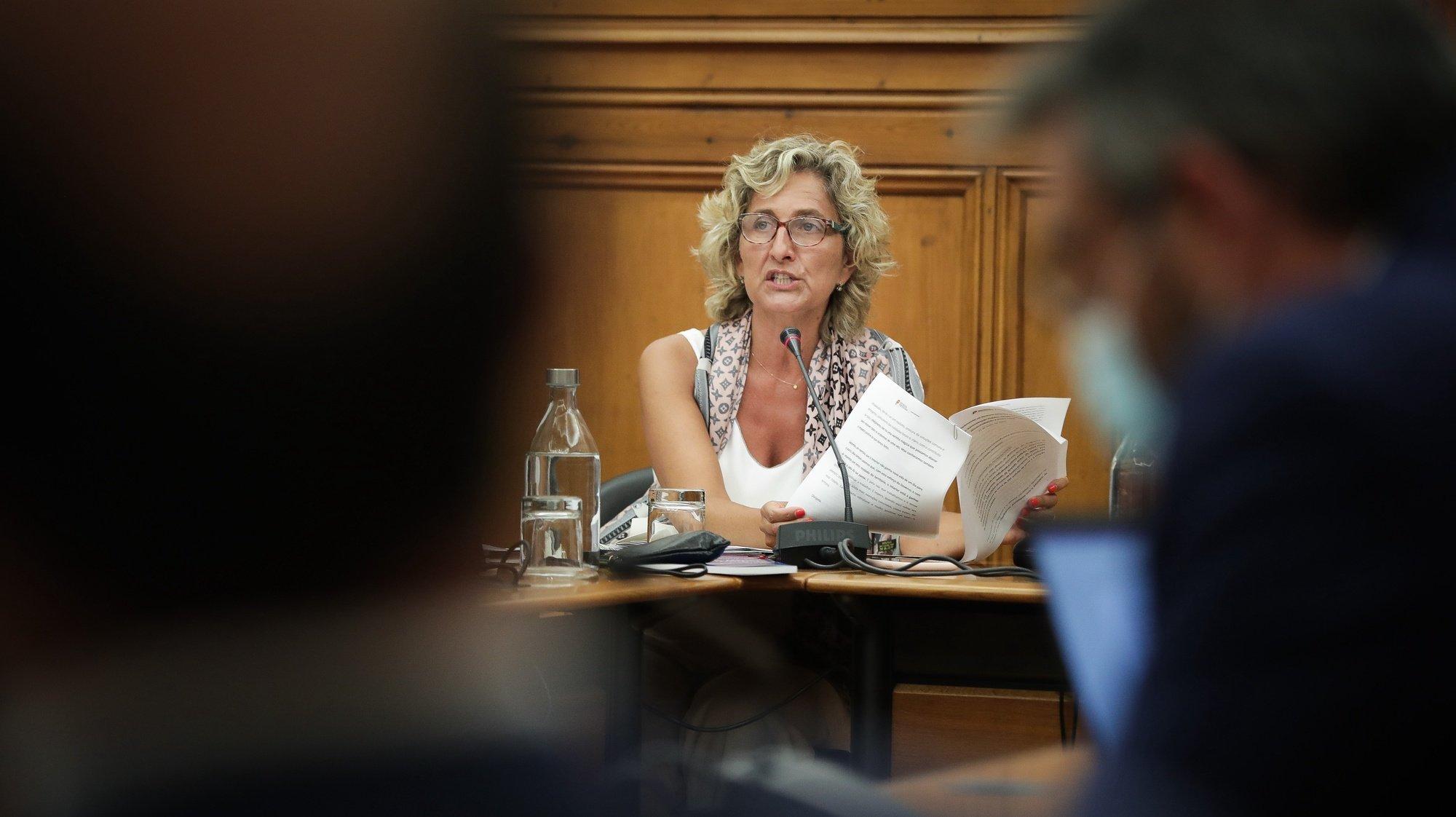 A ministra da Coesão Territorial, Ana Abrunhosa, durante a sua audição na Comissão de Administração Pública, Modernização Administrativa, Descentralização e Poder Local, na Assembleia da República, em Lisboa, 21 de julho de 2020. MÁRIO CRUZ/LUSA