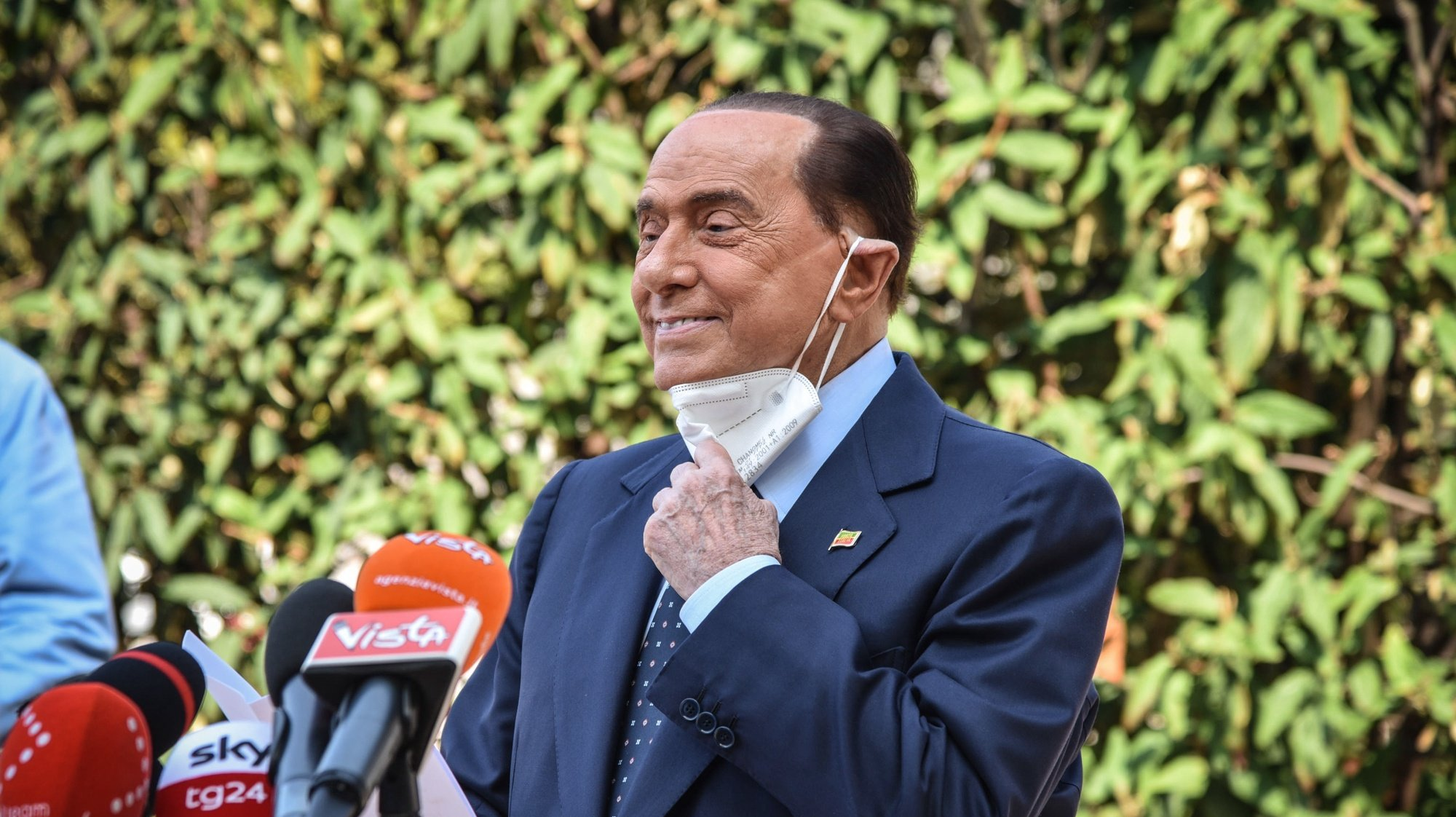 epa08667964 Former Italian prime minister Silvio Berlusconi speaks to the media as he leaves San Raffaele hospital in Milan, Italy, 14 September 2020. Silvio Berlusconi said suffering from COVID-19 was 'the most dangerous ordeal of my life', as he was discharged from Milan's San Raffaele hospital on 14 September. Berlusconi was hospitalized on 04 September with COVID-related bilateral pneumonia.  EPA/MATTEO CORNER
