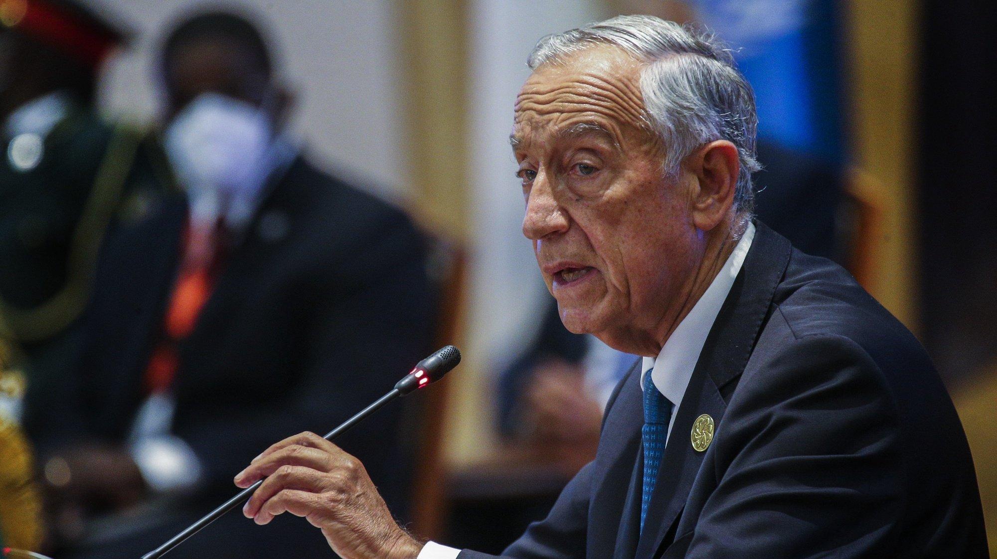 O Presidente da República de Portugal, Marcelo Rebelo de Sousa, intervém durante a XIII Conferência de Chefes de Estado e de Governo da Comunidade dos Países de Língua Portuguesa (CPLP), em Luanda, Angola, 17 de julho de 2021. AMPE ROGÉRIO/LUSA