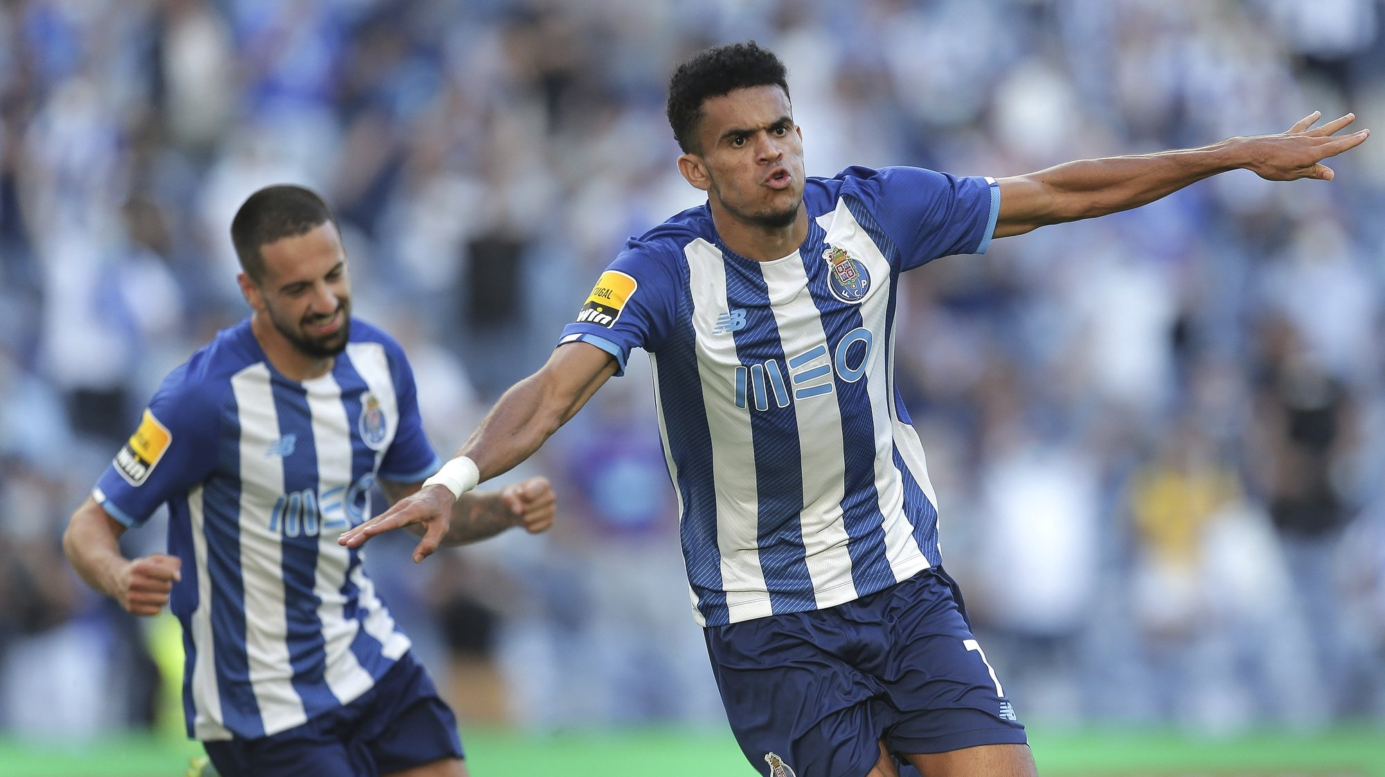 FC Porto player Luis Diaz (R) celebrates after scoring his goal against Belenenses SAD, during their Portuguese First First League soccer match, held at Dragão stadium in Porto, Portugal, 8th August 2021. MANUEL FERNANDO ARAUJO/LUSA