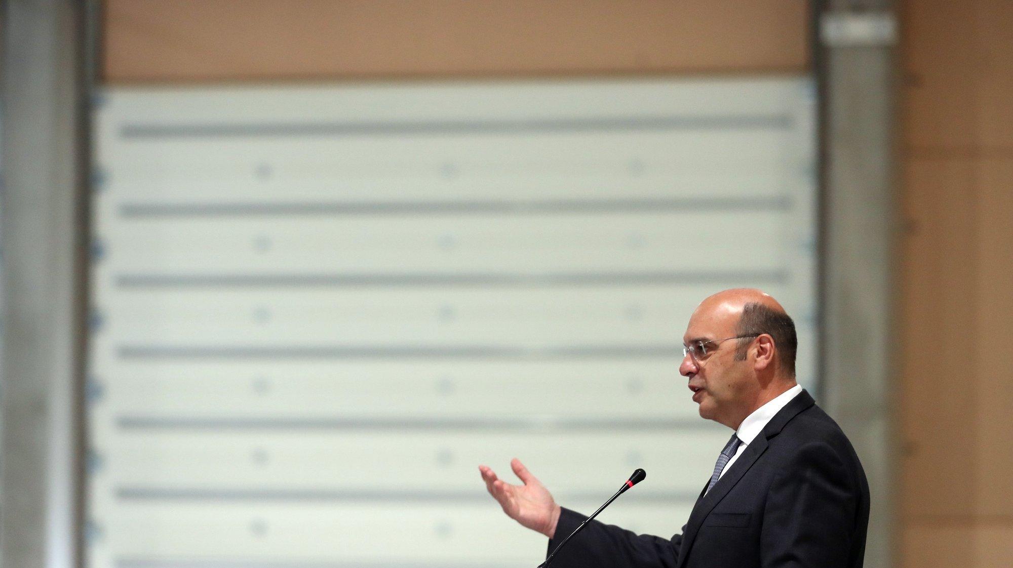 O ministro de Estado, da Economia e da Transição Digital, Pedro Siza Vieira, discursa durante a inauguração de uma unidade de transformação de nozes, em Évora, 18 de junho de 2021. NUNO VEIGA/LUSA