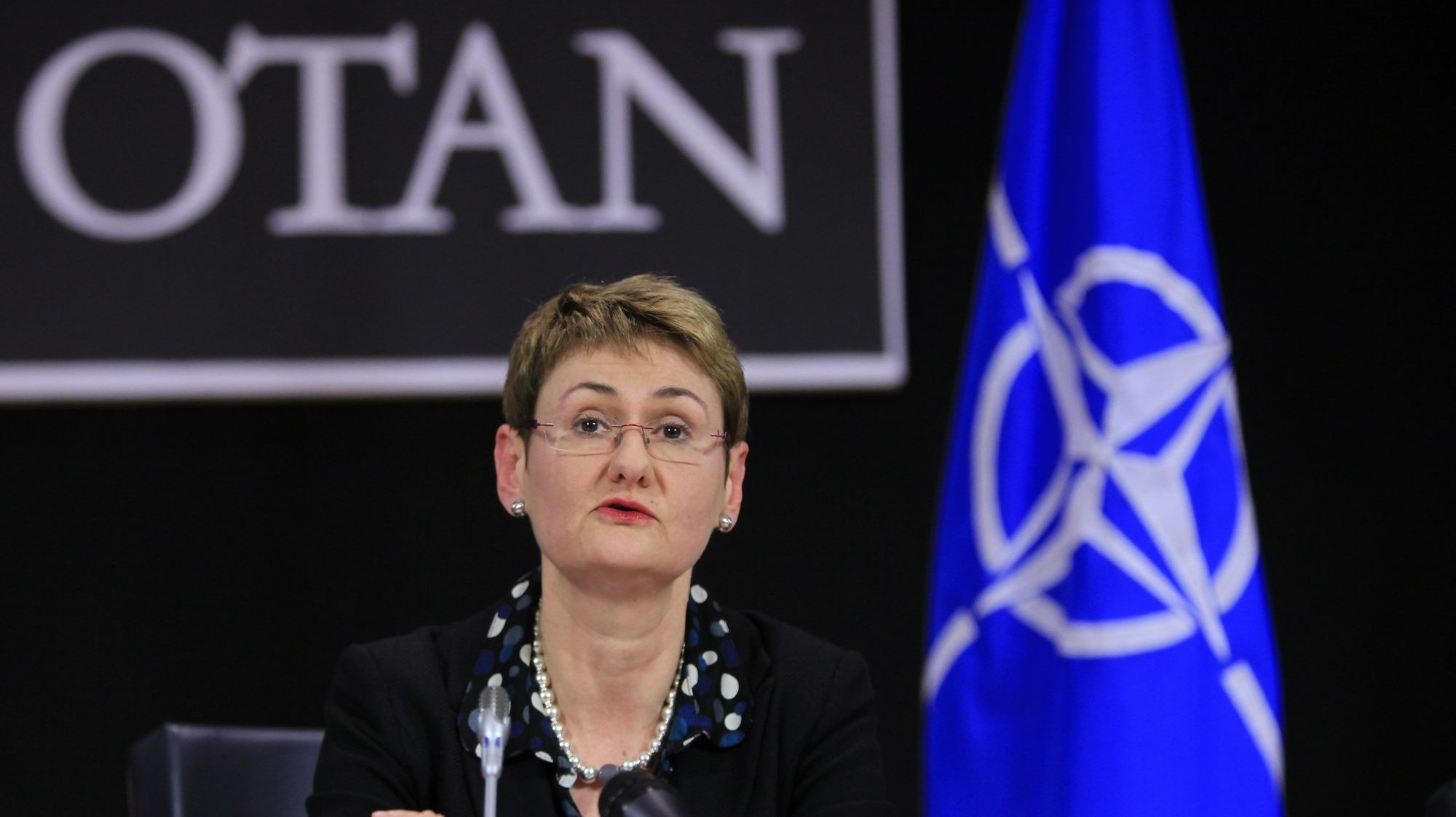 Oana Lungescu, porta-voz da NATO
