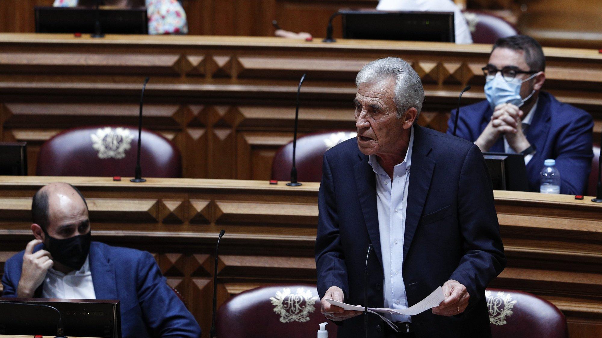 O secretário-geral do Partido Comunista Português (PCP), Jerónimo de Sousa, intervém durante o debate parlamentar sobre o estado da Nação, na Assembleia da República, em Lisboa, 21 de julho de 2021. ANTÓNIO COTRIM/LUSA