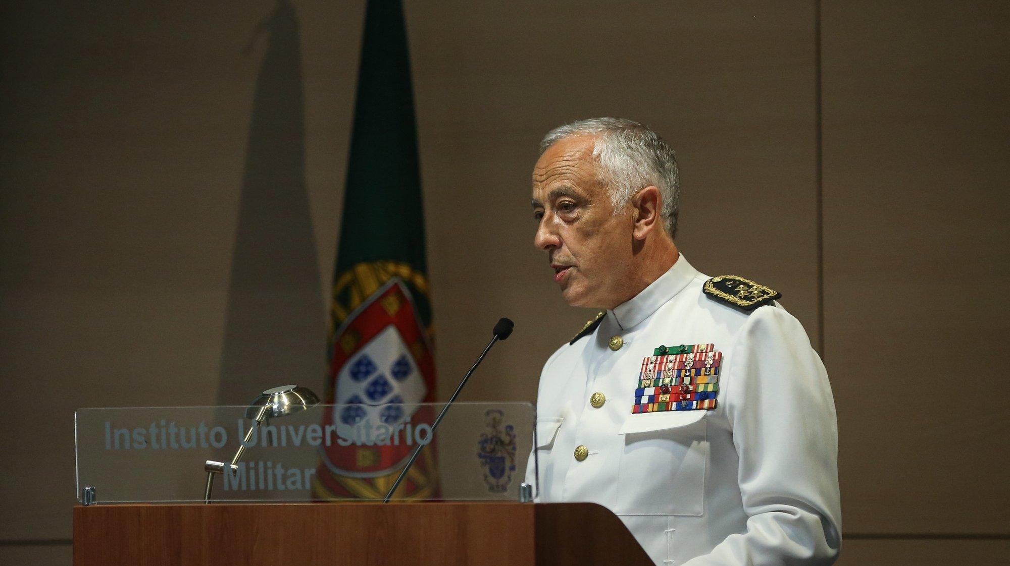 O Chefe do Estado-Maior-General das Forças Armadas, Almirante António Silva Ribeiro, discursa na cerimónia das comemorações do Dia do Estado-Maior-General das Forças Armadas, no Instituto Universitário Militar, em Lisboa, 14 de setembro de 2021.  RODRIGO ANTUNES/LUSA