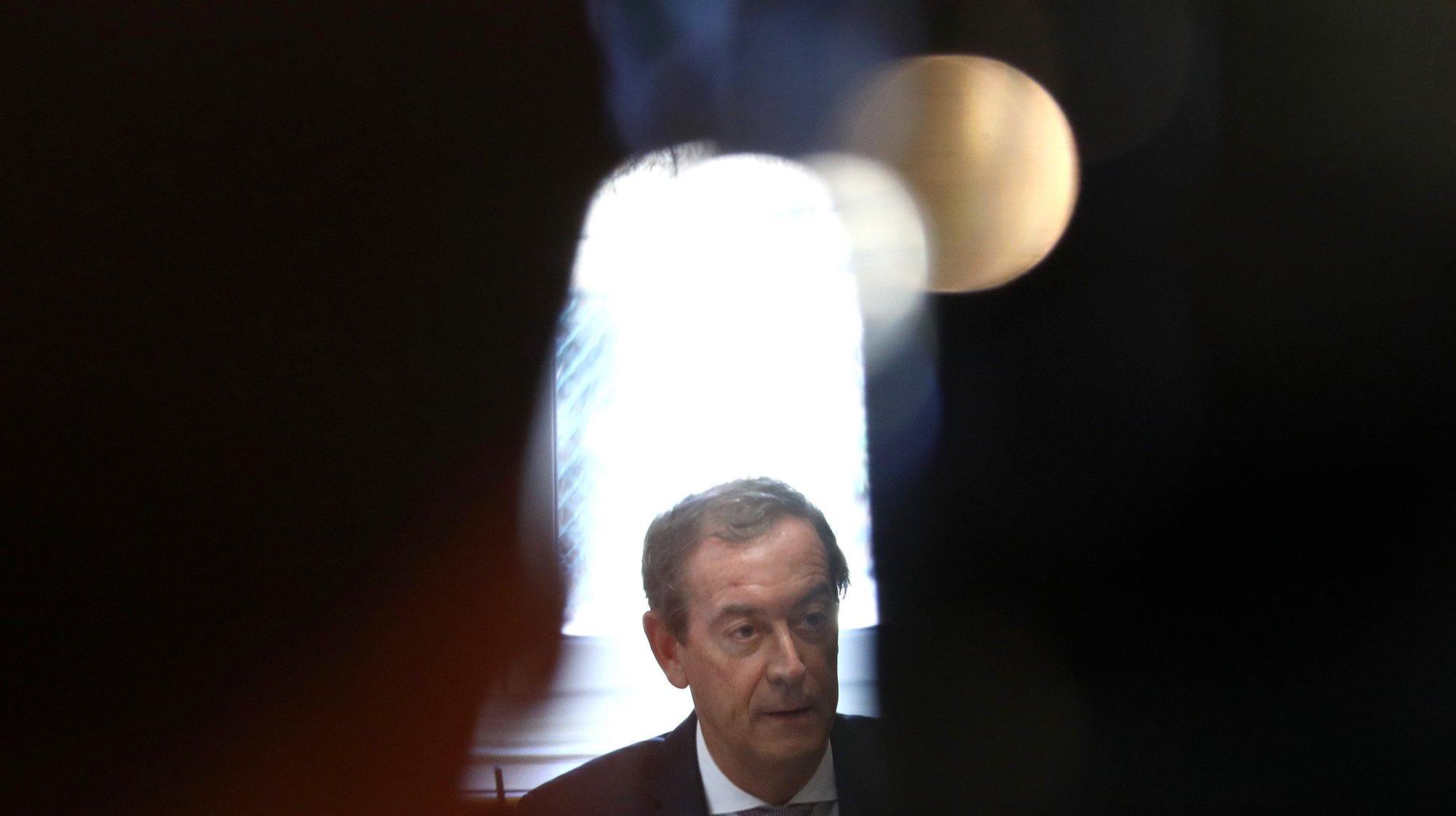 O bastonário da Ordem dos Médicos, Miguel Guimarães, intervém na conferência de imprensa de apresentação do novo indicador de avaliação do estado da pandemia, numa parceria com o Instituto Superior Técnico, em Lisboa, 14 de julho de 2021. ANTÓNIO PEDRO SANTOS/LUSA