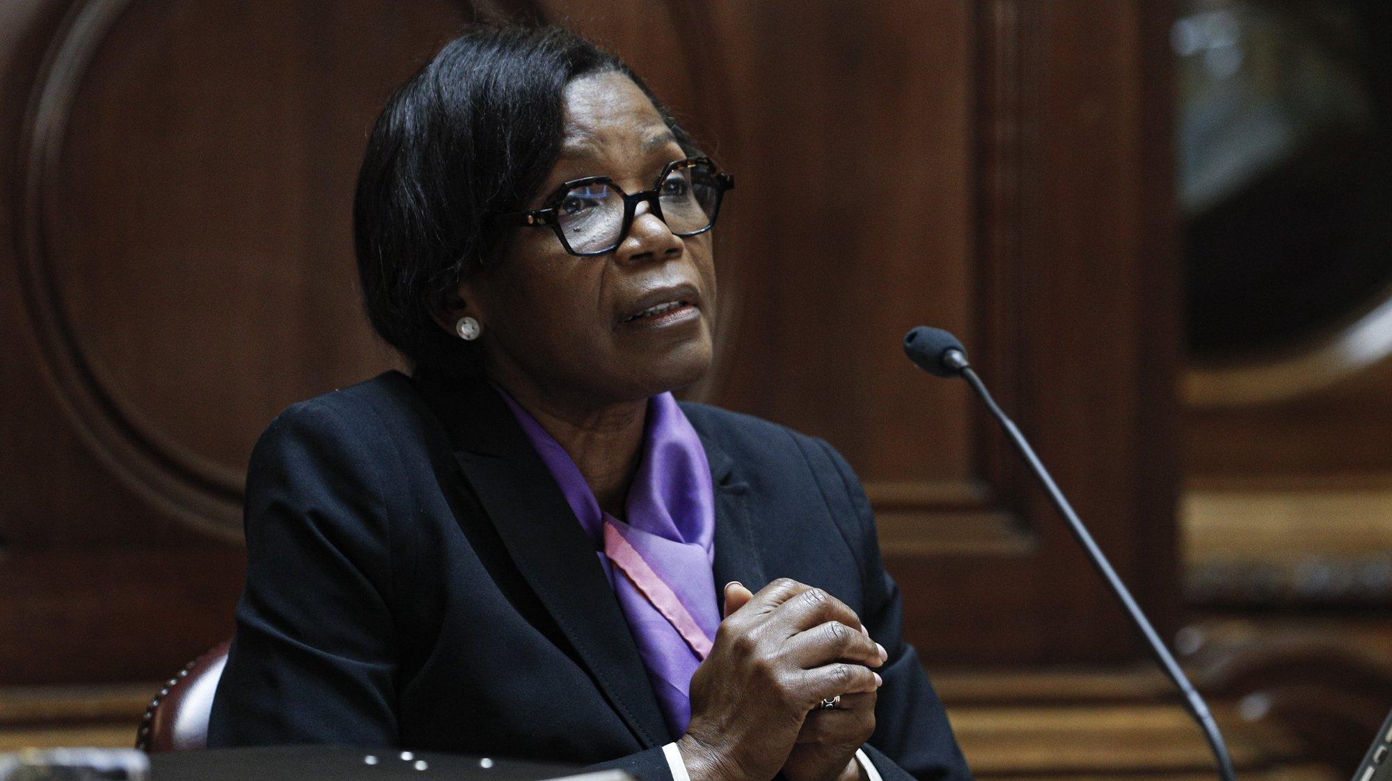 A ministra da Justiça, Francisca Van Dunem, durante a sua audição perante a Comissão de Assuntos Constitucionais, Direitos, Liberdades e Garantias, na Assembleia da República, em Lisboa, 23 de junho de 2021. ANTÓNIO COTRIM/LUSA