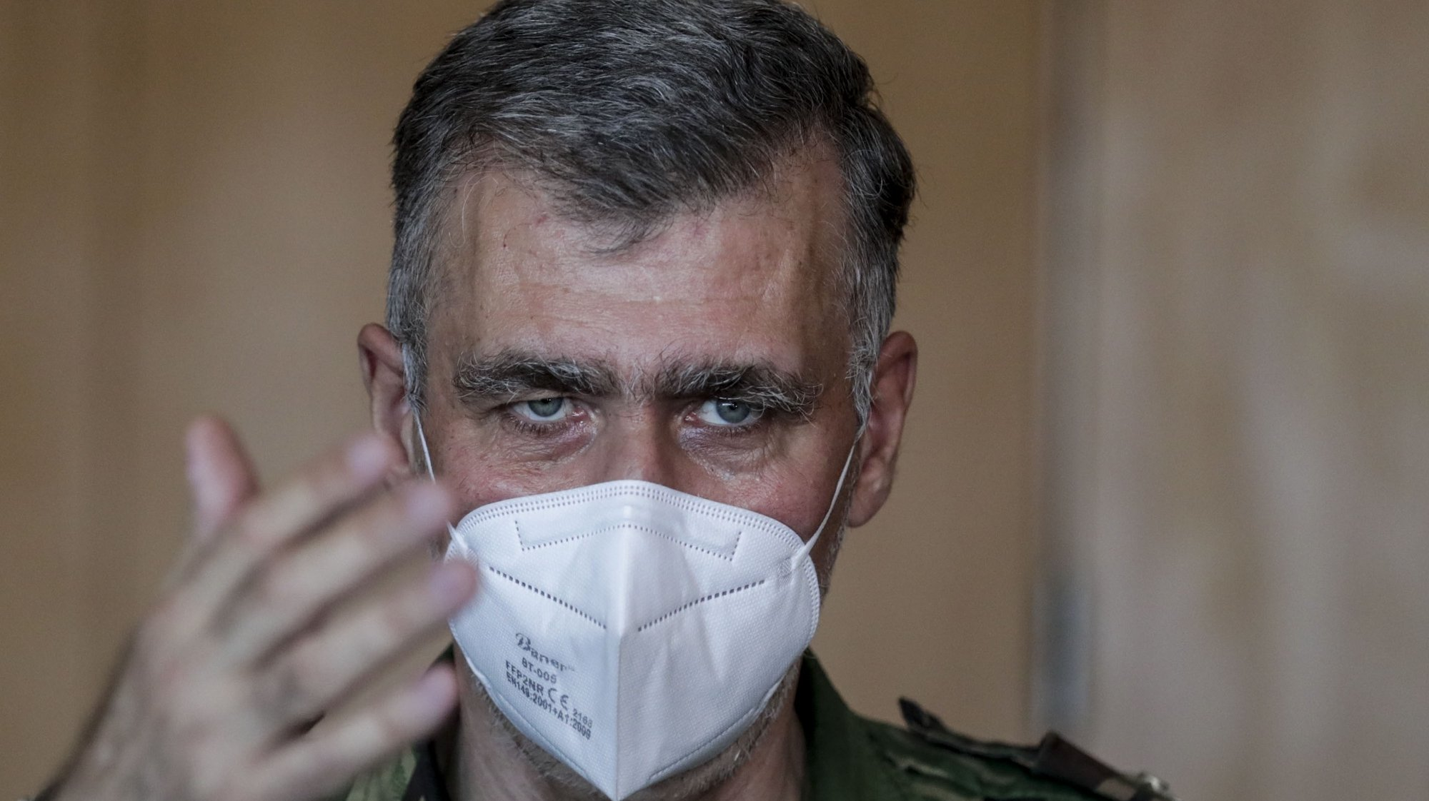 O vice-almirante e coordenador da task-force para a vacinação, Gouveia e Melo, na sala de operações da sede em Carcavelos, Oeiras, 02 de setembro de 2021. (ACOMPANHA TEXTO DA LUSA DE 04 SETEMBRO 2021). TIAGO PETINGA/LUSA