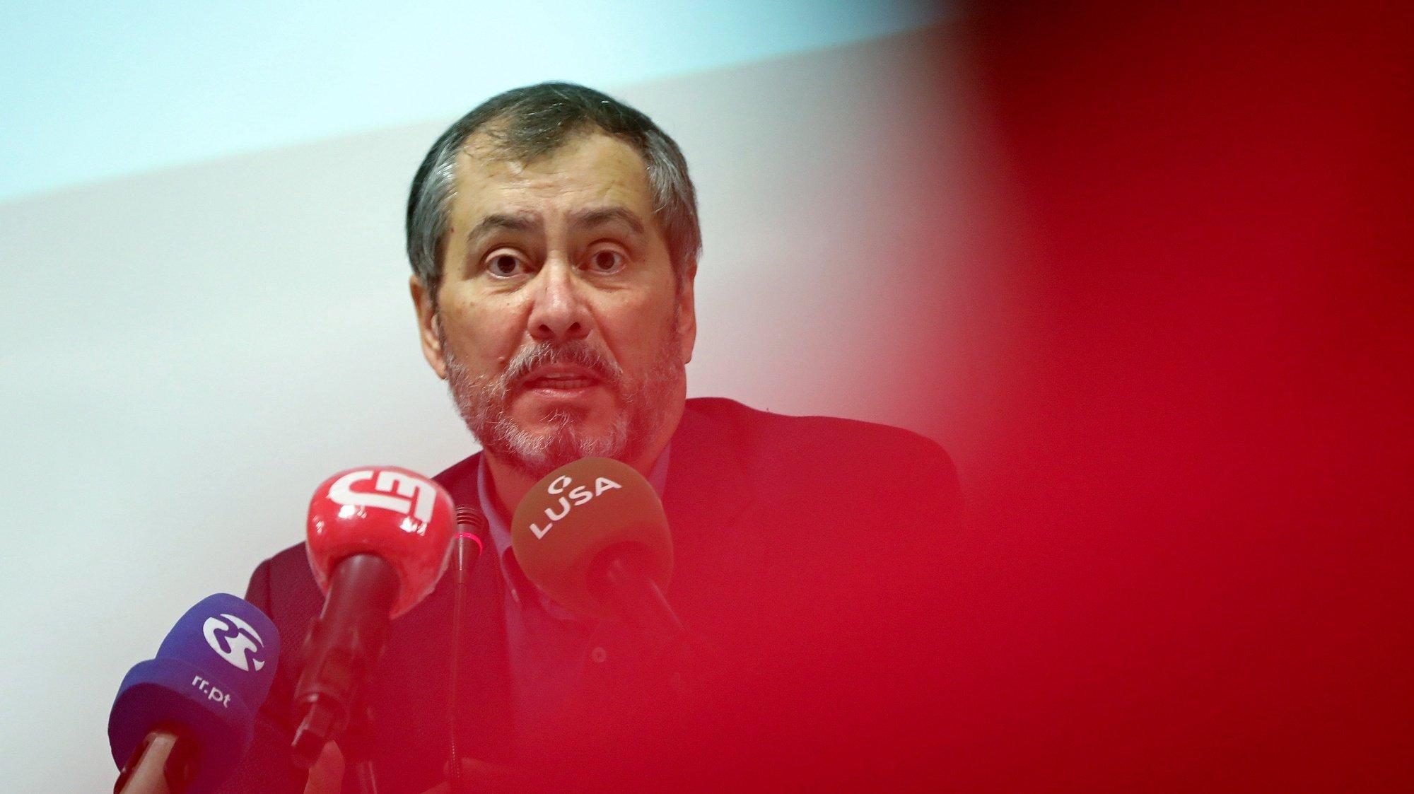 O secretário-geral da Federação Nacional dos Professores (FENPROF), Mário Nogueira, participa na conferência de imprensa para a divulgação da apreciação, propostas e ações no âmbito do Orçamento do Estado para 2021, em Lisboa, 26 de outubro de 2020. ANTÓNIO PEDRO SANTOS/LUSA
