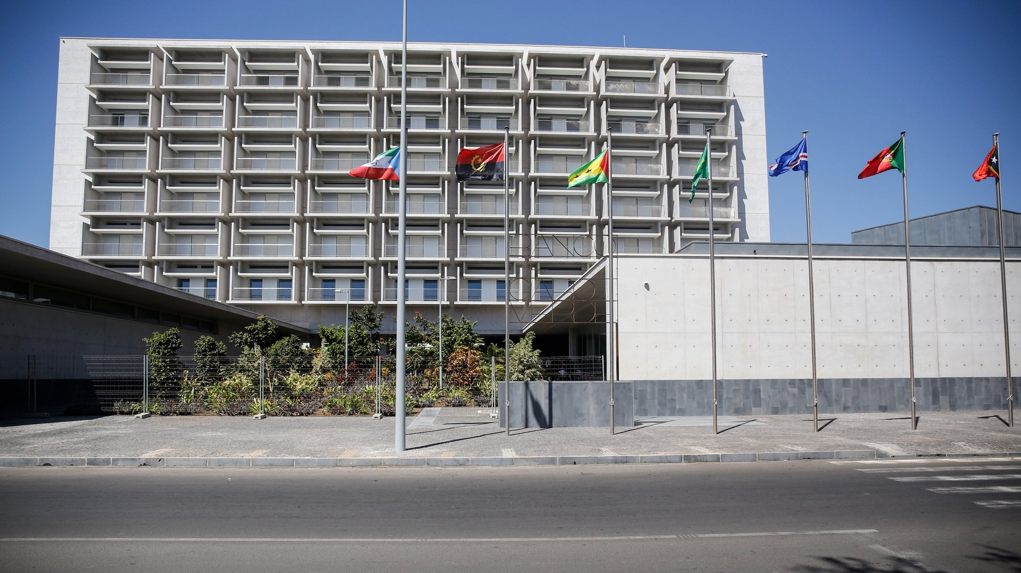 Sede do Banco de Cabo Verde (BCV) desenhada pelo arquiteto Siza Vieira e considerado o mais moderno edifício do país, Cidade da Praia, Cabo Verde, 11 de fevereiro de 2021.  FERNANDO DE PINA/LUSA