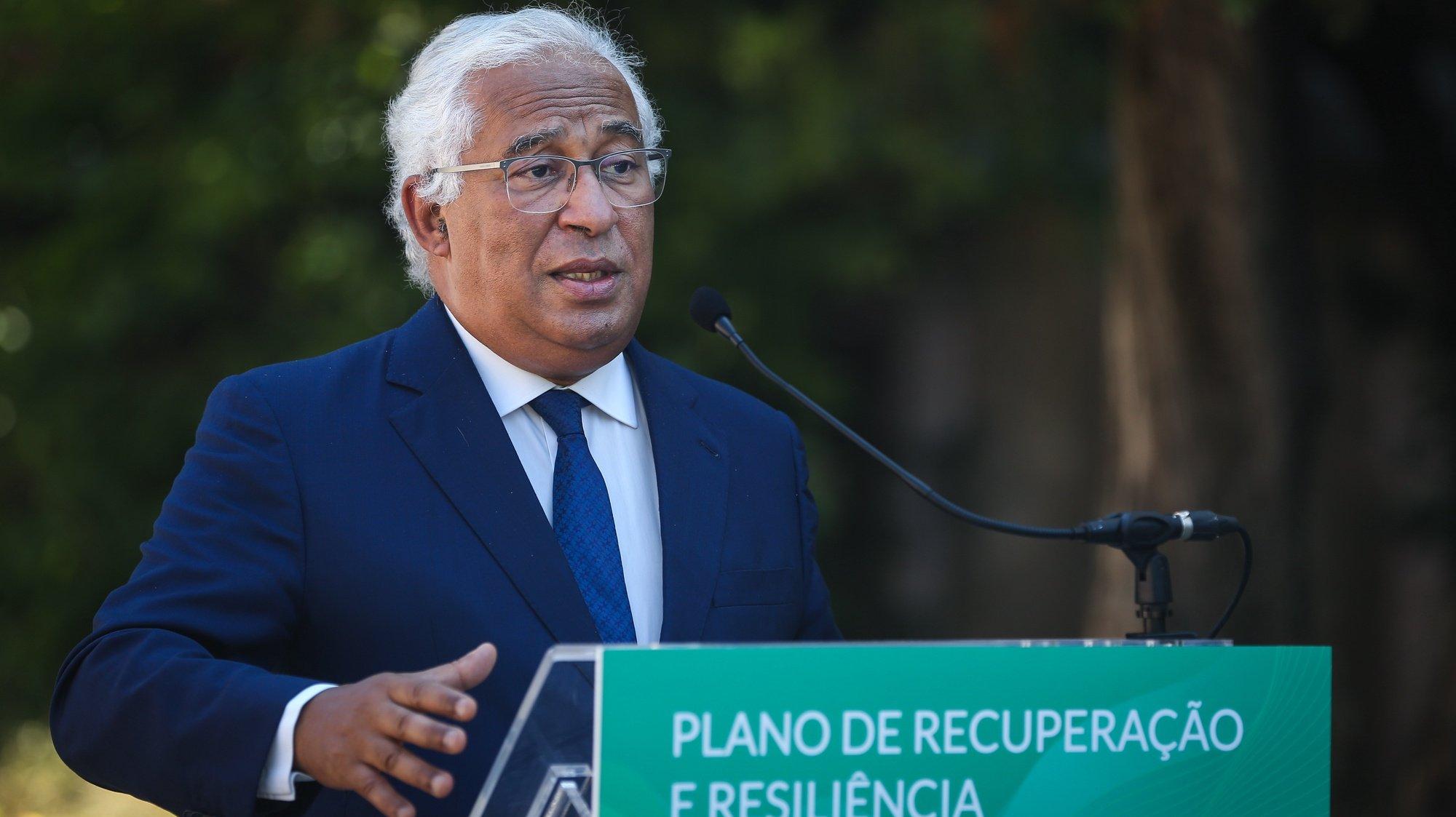 O primeiro-ministro, António Costa, discursa durante a cerimónia da apresentação dos investimentos do Plano de Recuperação e Resiliência (PRR) na área da Habitação, em Lisboa, 09 de julho de 2021. RODRIGO ANTUNES/LUSA