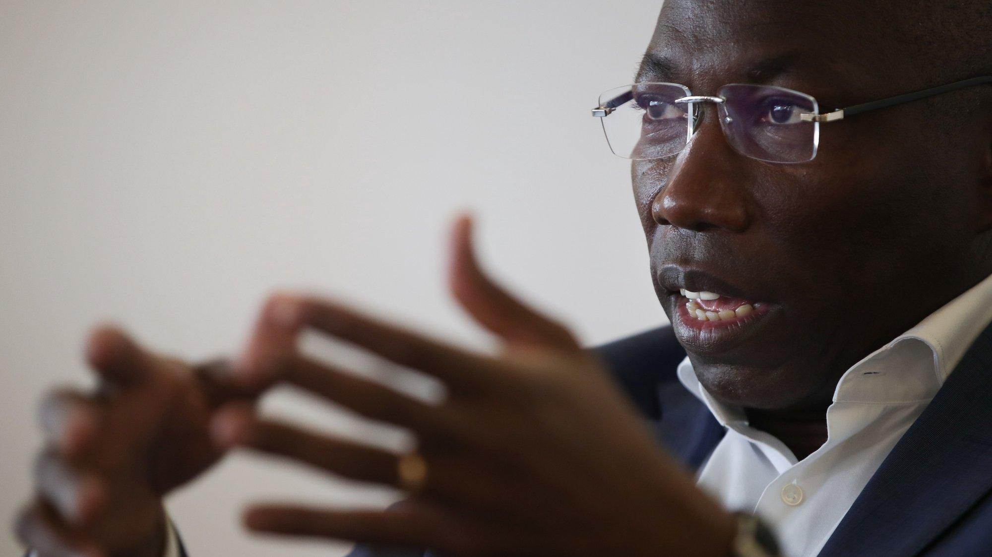 O presidente do Partido Africano da Independência da Guiné e Cabo Verde (PAIGC), Domingos Simões Pereira, durante uma entrevista à Lusa, em Lisboa, 3 de julho de 2020. (ACOMPANHA TEXTO DO DIA 5 DE JULHO) MÁRIO CRUZ/LUSA