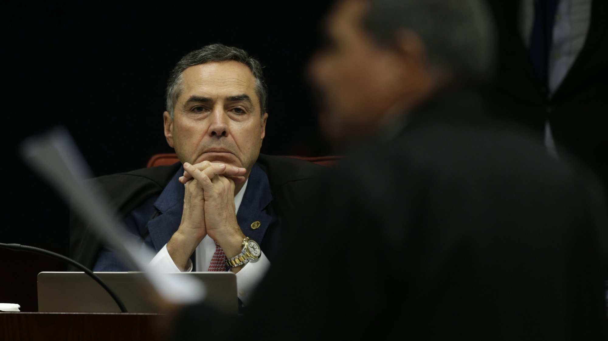 epa06585527 Magistrate Luis Roberto Barroso, member of the Supreme Federal Court, participates in a session of the Supreme Court in Brasilia, Brazil, 06 March 2018.  Brazil's Supreme Court lifted a ban, allowing access to bank transactions of Brazilian President Michel Temer. Authorities are investigating possible corruption involving Temer and the Democratic Movement party.  EPA/Joedson Alves