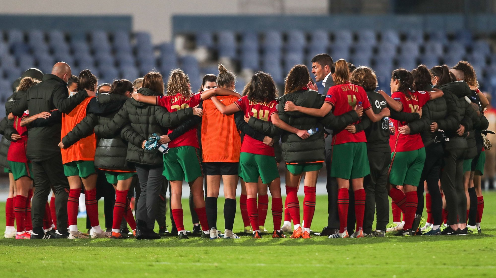 Portugal's head coach Francisco Neto talks the her players in the end of UEFA Women's EURO play-off match against Portugal at Restelo Stadium in Lisbon, 9 of April 2021. MIGUEL A. LOPES/LUSA