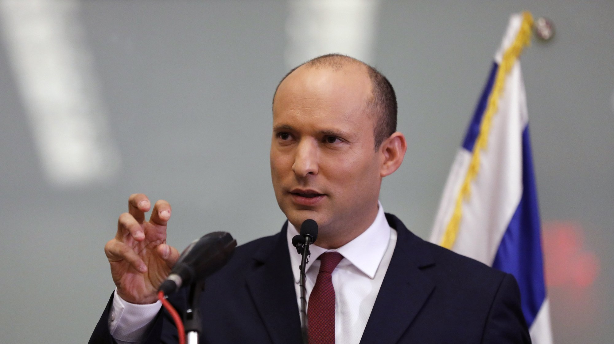 epa07176686 Israeli Minister of Education Naftali Bennet speaks during a press conference in the Israeli Knesset, (Israeli Parliament), in Jerusalem, 19 November 2018. Media reports state that the Netanyahu government will not go to early elections after Naftali Bennett and Ayelet Shaked of the Jewish Home Party decided not to resign from the coalition. The elections are scheduled to take place in November 2019  EPA/ABIR SULTAN