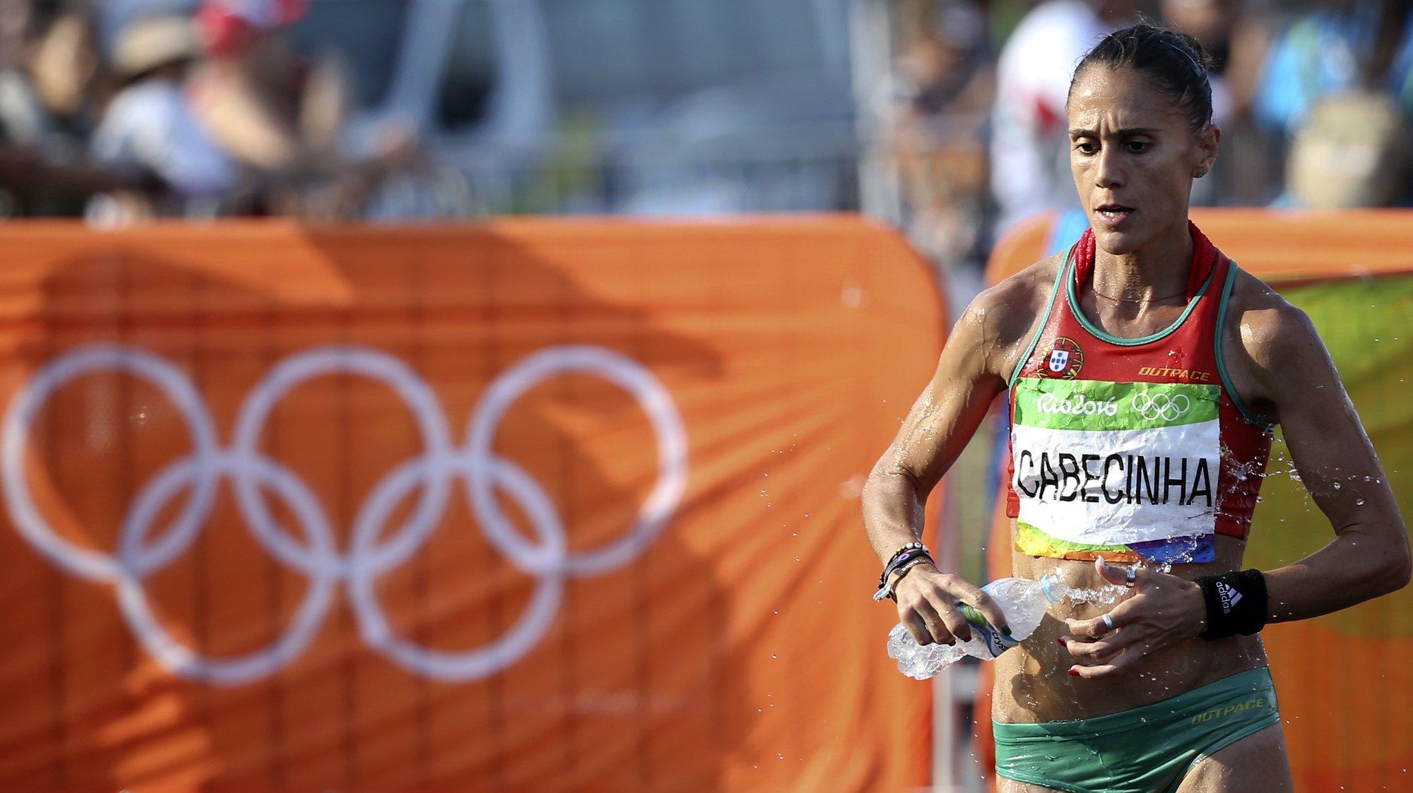 A atleta portuguesa Ana Cabecinha, em ação na prova dos 20 km marcha dos Jogos Olímpicos Rio 2016, disputada no Rio de Janeiro, Brasil, 19 de agosto de 2016. A XXI edição dos Jogos Olímpicos da Era Moderna, decorrem no Brasil entre os dias 06 - 21 de agosto. ANTÓNIO COTRIM/LUSA