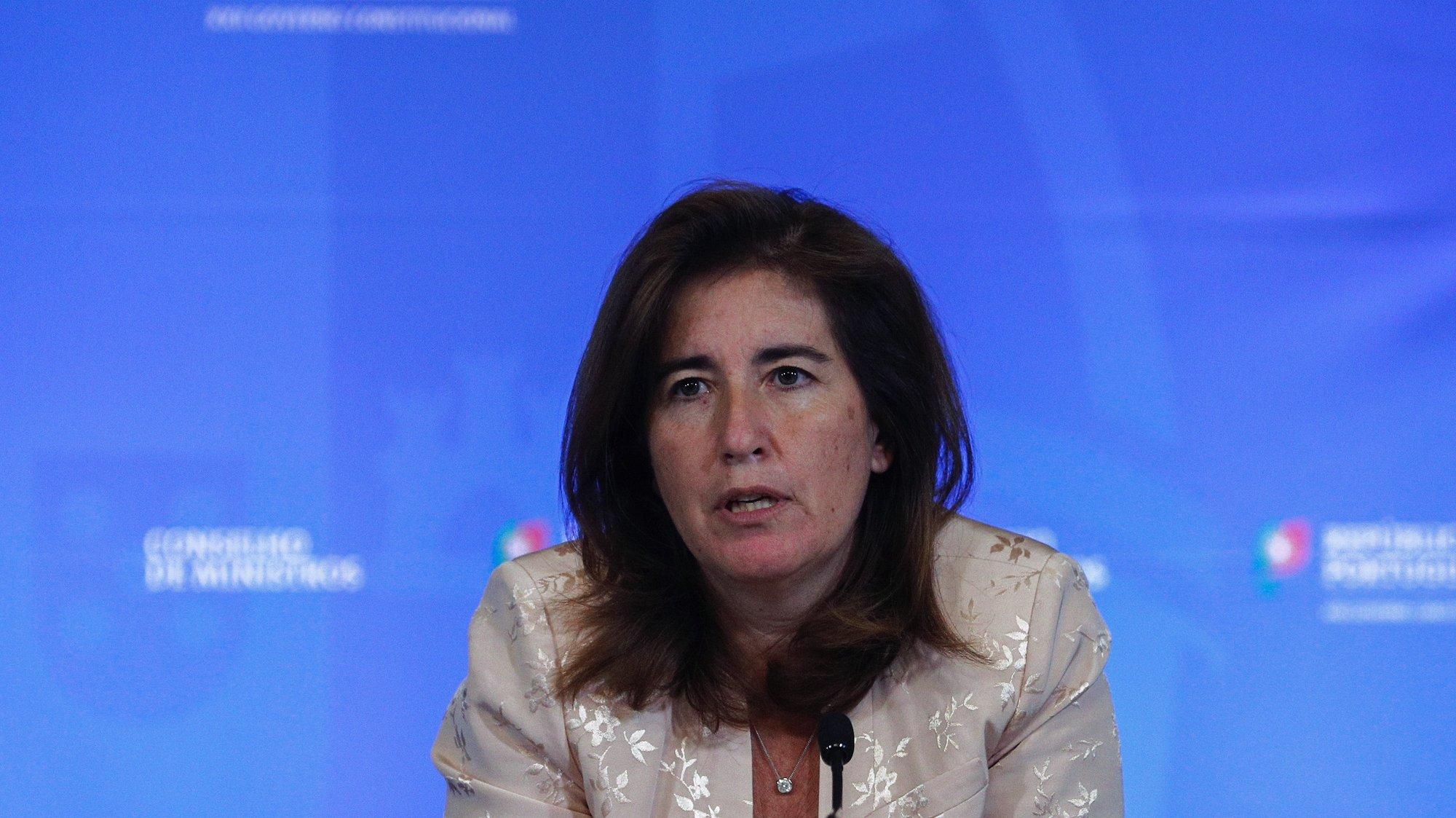 A ministra do Trabalho e da Segurança Social, Ana Mendes Godinho, durante a conferência de imprensa no final da reunião do Conselho de Ministros, que decorreu no Palácio da Ajuda, em Lisboa, 01 de julho de 2021. ANTÓNIO COTRIM/LUSA