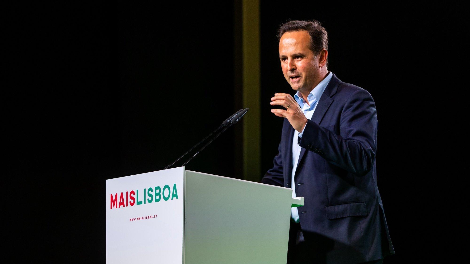 O presidente da Câmara Municipal de Lisboa, Fernando Medina, intervém durante a cerimónia de apresentação da sua recandidatura à Câmara Municipal de Lisboa, na Estufa Fria, em Lisboa, 05 de julho de 2021. JOSÉ SENA GOULÃO/LUSA