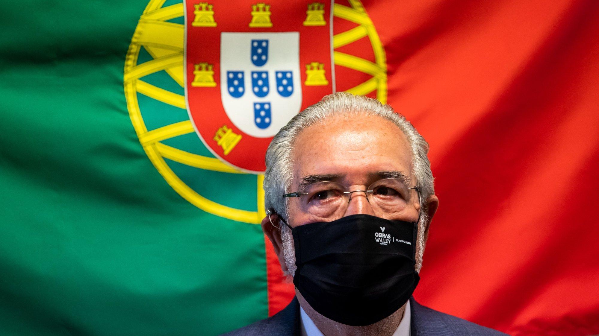 O presidente da Câmara Municipal de Oeiras, Isaltino Morais, durante a inauguração das instalações provisórias da Unidade de Saúde Mental de Oeiras do Serviço de Psiquiatria do Centro Hospitalar Lisboa Ocidental (CHLO), em Oeiras, 25 de maio de 2021. JOSÉ SENA GOULÃO/LUSA