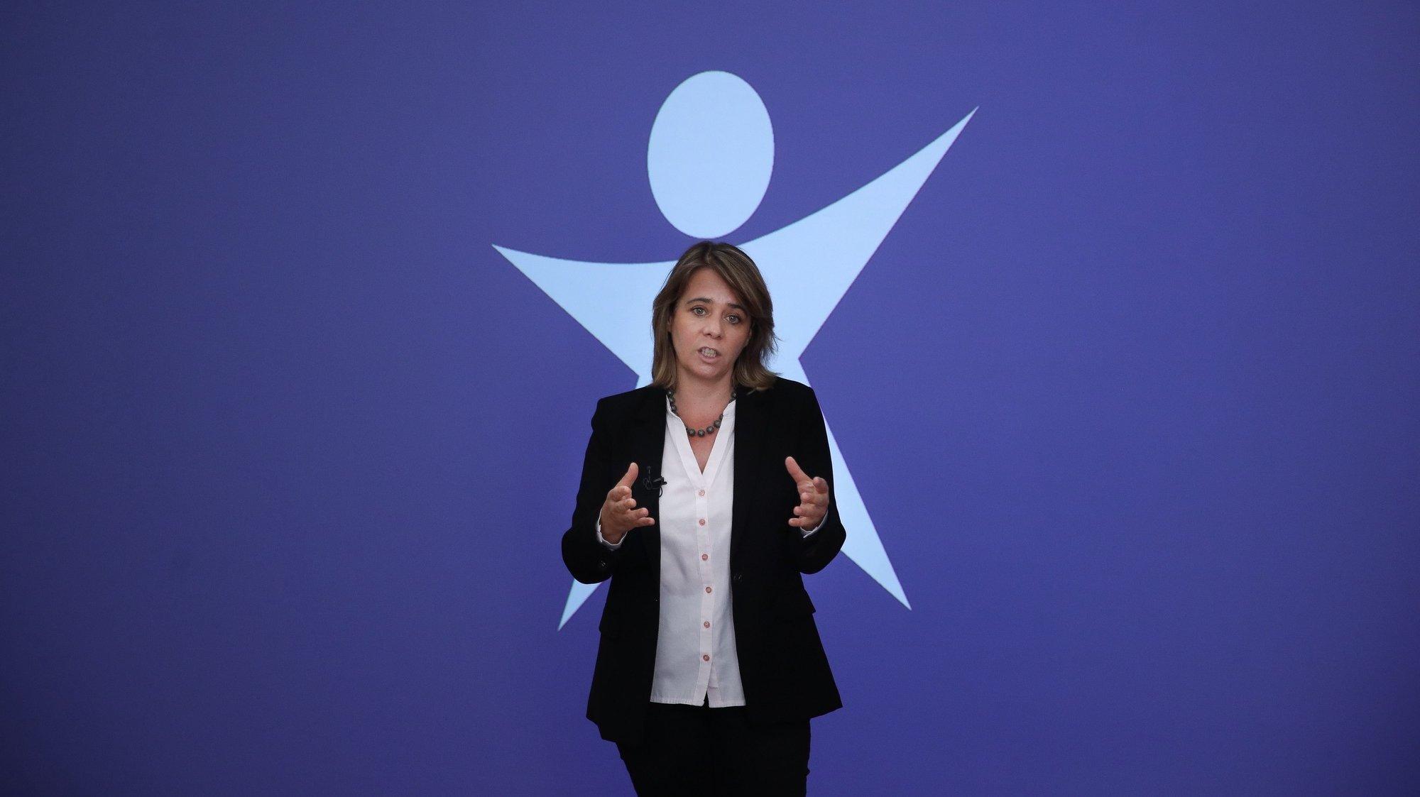 A coordenadora do Bloco de Esquerda (BE), Catarina Martins, fala aos jornalistas durante a conferência de imprensa sobre Orçamento do Estado, na sede do partido em Lisboa, 09 de setembro de 2021. MÁRIO CRUZ/LUSA