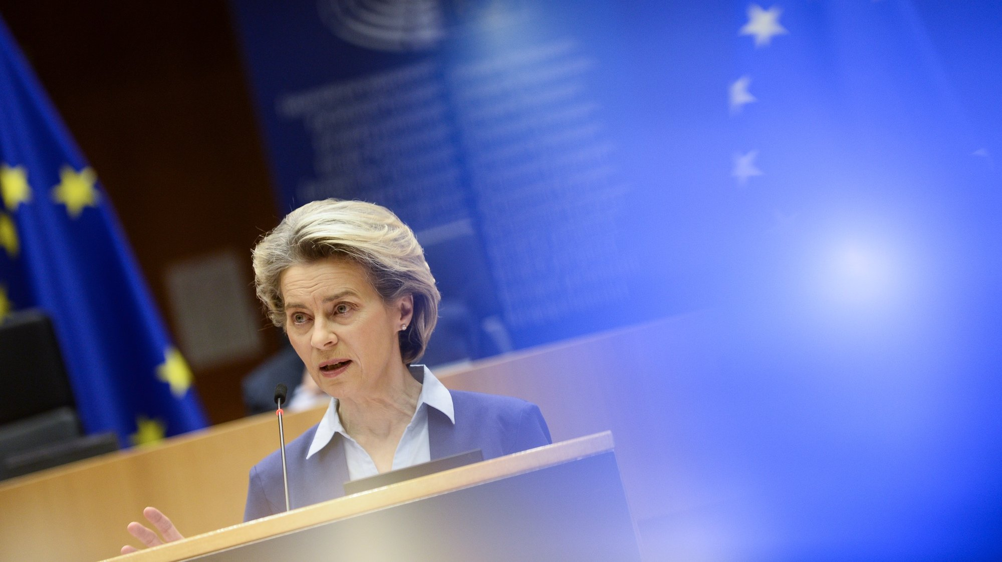 epa09000553 European Commission President Ursula von der Leyen speaks during the debate on the state of play of the EU's coronavirus disease (COVID-19) vaccination strategy, at the European Parliament in Brussels, Belgium, 10 February 2021.  EPA/JOHANNA GERON / POOL
