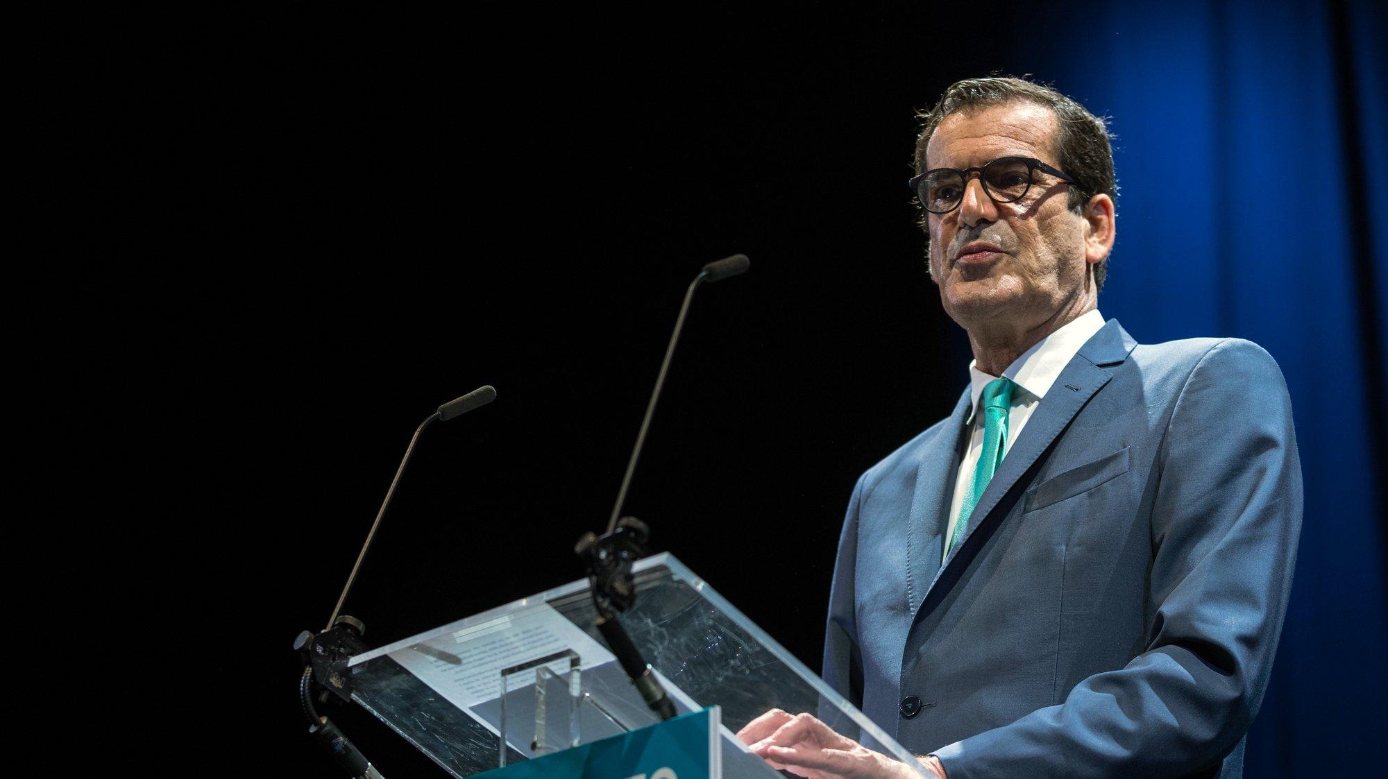 """Rui Moreira apresenta a sua recandidatura à Câmara Municipal do Porto sob o lema """"Porto, o Nosso Movimento"""", no Palácio de Cristal no Porto, 17 de junho de 2021. JOSÉ COELHO/LUSA"""