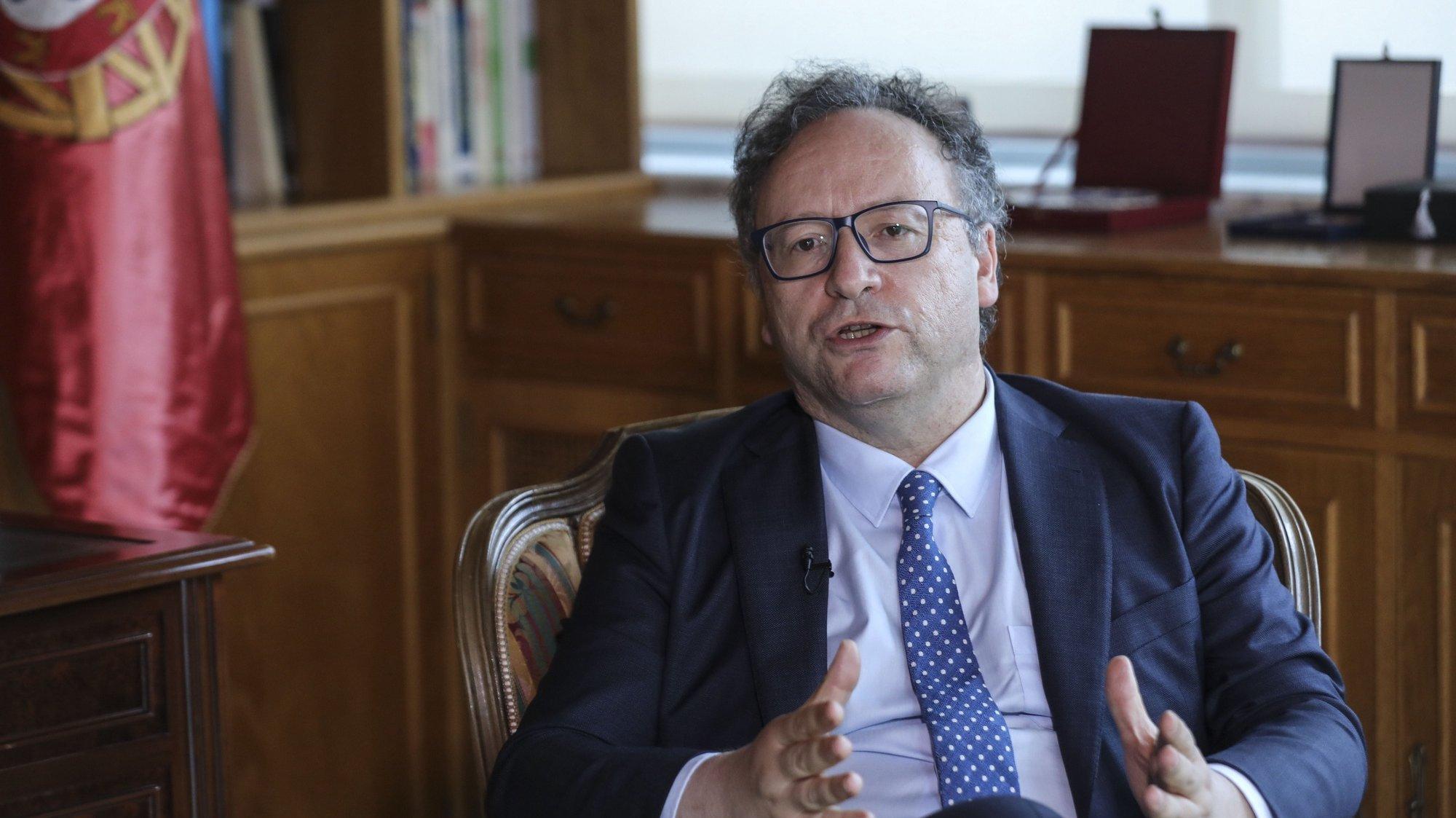 Entrevista ao presidente do Conselho Económico e Social, Francisco Assis na sede do mesmo em Lisboa, 6 de julho de 2021. (ACOMPANHA TEXTO DE 11 DE JULHO DE 2021). MIGUEL A. LOPES/LUSA
