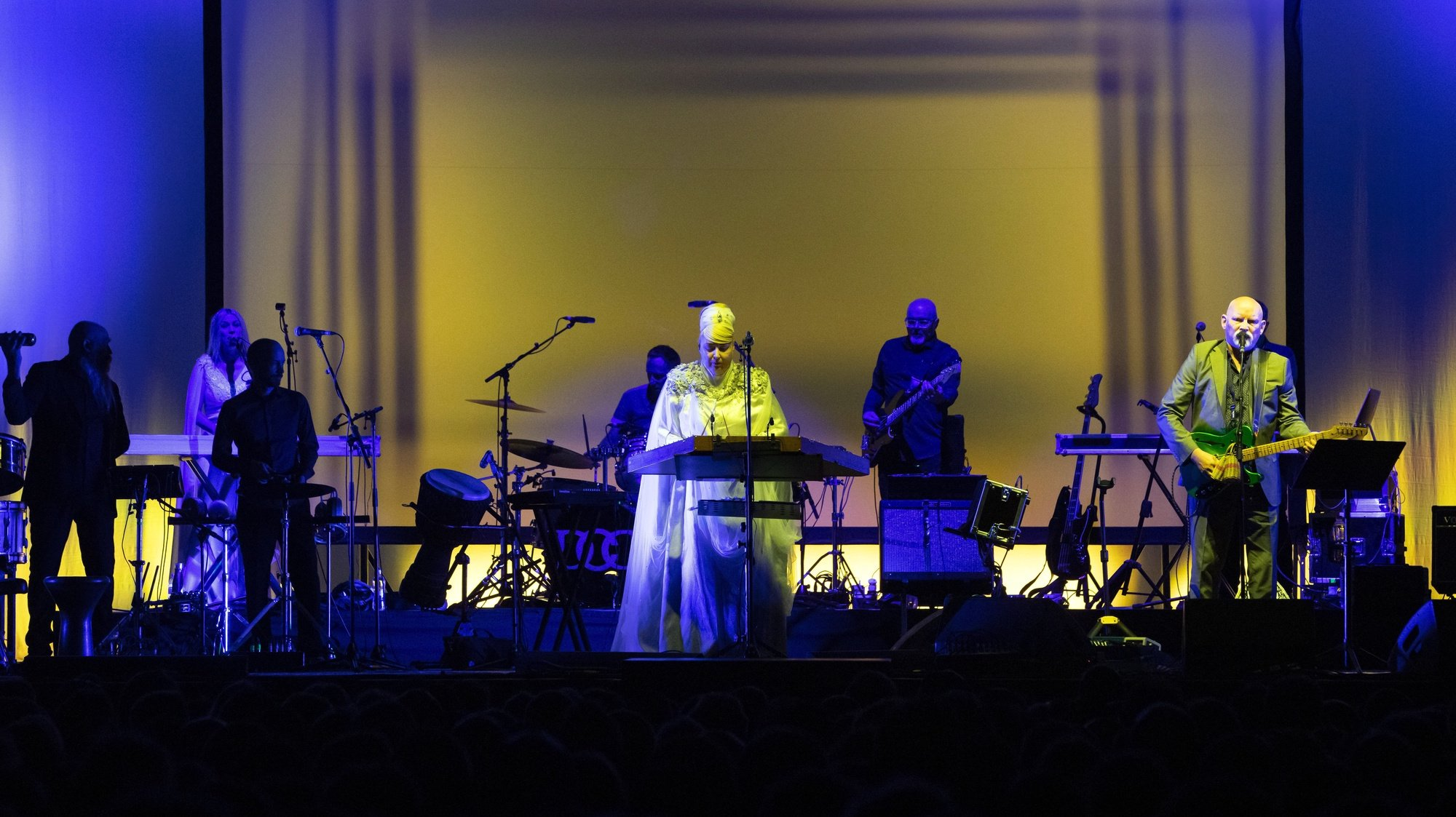 epa07675681 Lisa Gerrard (C) and Brendan Perry (R) of the Australian band Dead Can Dance perform during their concert at the Papp Laszlo Budapest Sports Arena, in Budapest, Hungary, 26 June 2019.  EPA/Balazs Mohai HUNGARY OUT