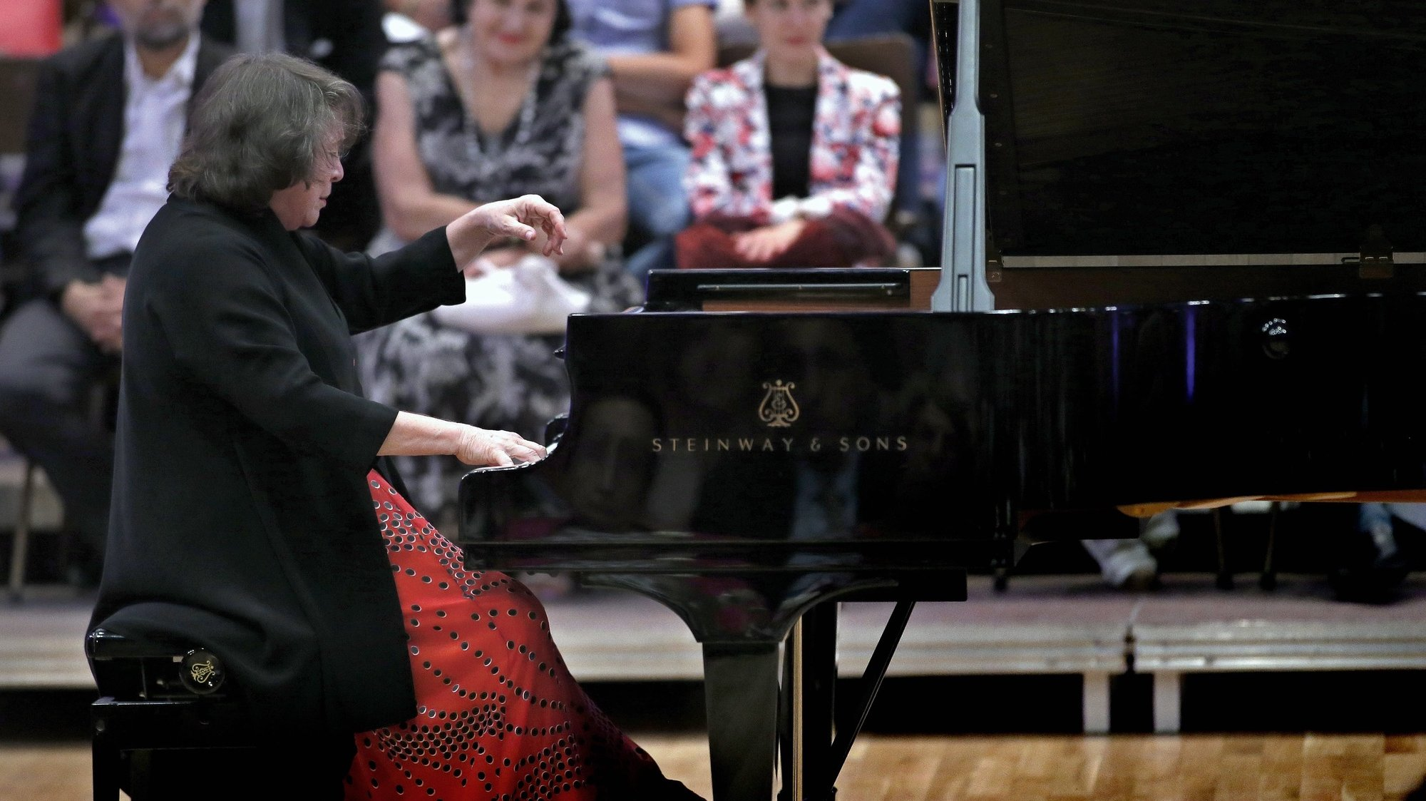 epa04917550 Russian pianist and teacher Elisabeth Leonskaja performs a recital named 'In Memoriam of Sviatoslav Richter', on the stage of Romanian Athenaeum concert hall during the George Enescu International Festival in Bucharest, Romania, 06 September 2015. Considered by the critics as 'The last great Lady of the Soviet School', Leonskaja was awarded in 2006 with the Austrian Cross of Honour, 1-st Class, for  Science and Art, the highest award of its kind in Austria. The George Enescu Festival, held since 1958 every two years, is the biggest classical music festival held in Romania, in honor of famous Romanian composer and violinist George Enescu.  EPA/ROBERT GHEMENT