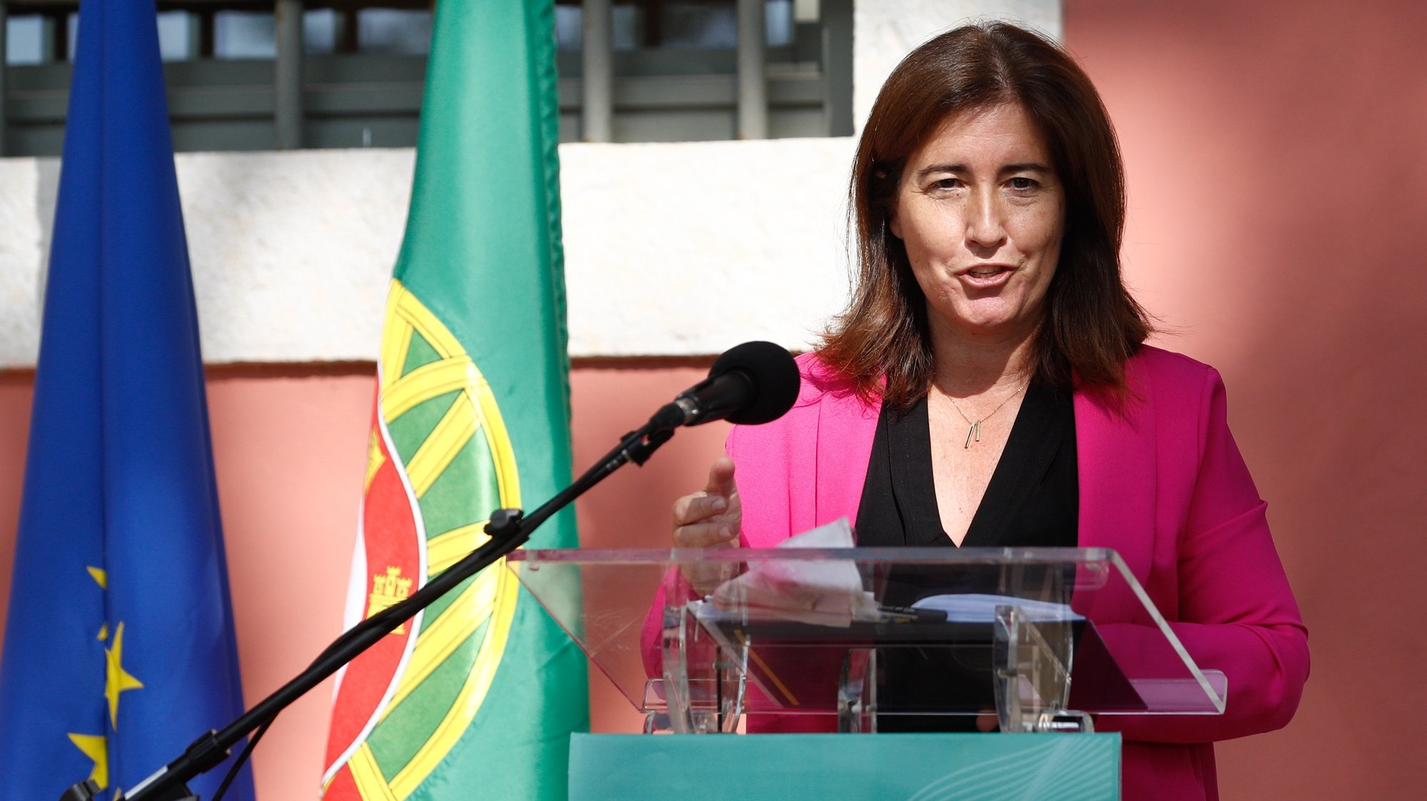 A ministra do Trabalho, Solidariedade e Segurança Social, Ana Mendes Godinho, discursa durante a cerimónia de assinatura do Protocolo do Setor Social e Solidário no âmbito da implementação do Plano de Recuperação e Resiliência (PRR), Lisboa, 21 de julho de 2021. ANTÓNIO COTRIM/LUSA