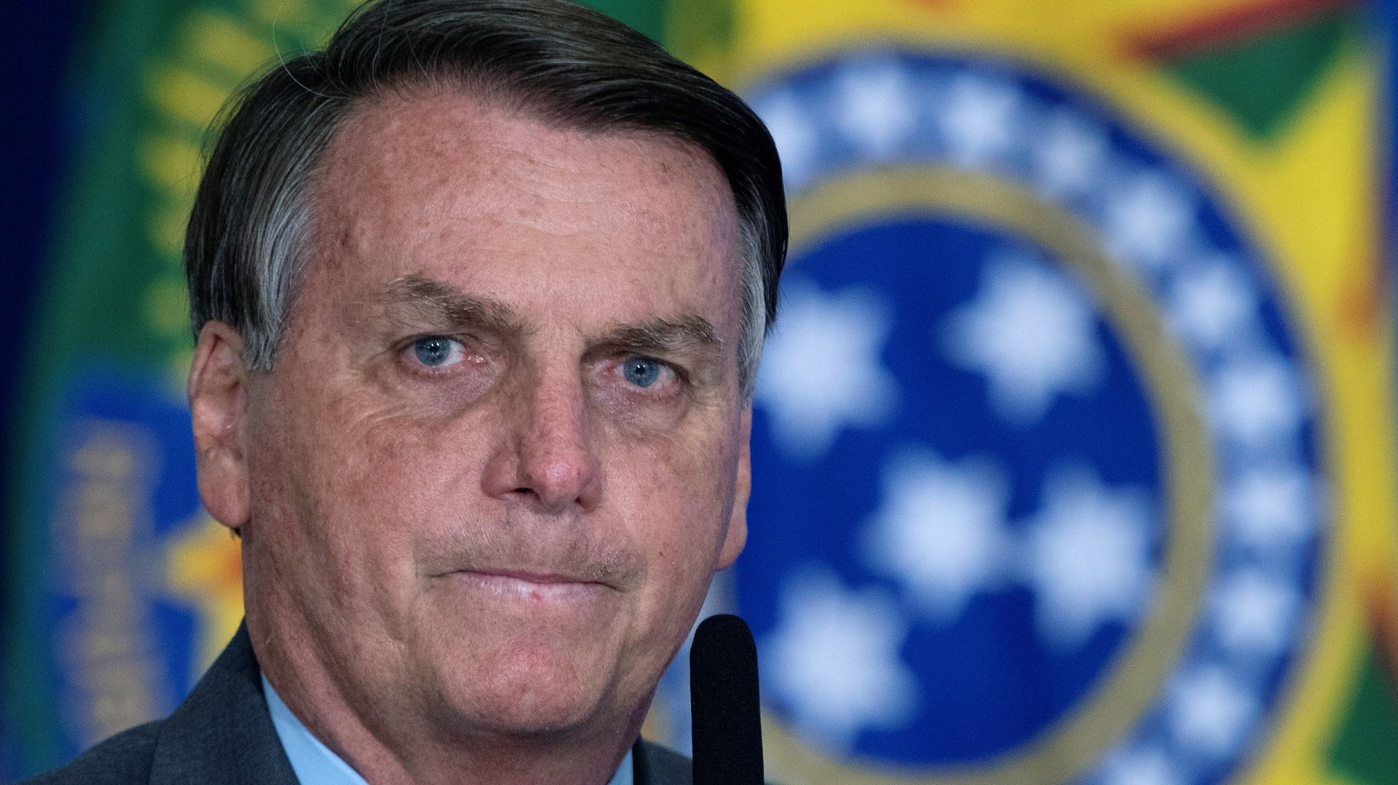 epa09340497 (FILE) - Brazilian President Jair Bolsonaro participates in the launching ceremony of the Los Gigantes de lo Alfalto program, in Brasilia, Brazil, 18 May 2021 (reissued 12 July 2021). Brazilian Federal Police on 12 July 2021 opened an investigation against Brazilian President Bolsonaro for breach of duty over the purchase of Covaxin.  EPA/Joedson Alves *** Local Caption *** 56905212