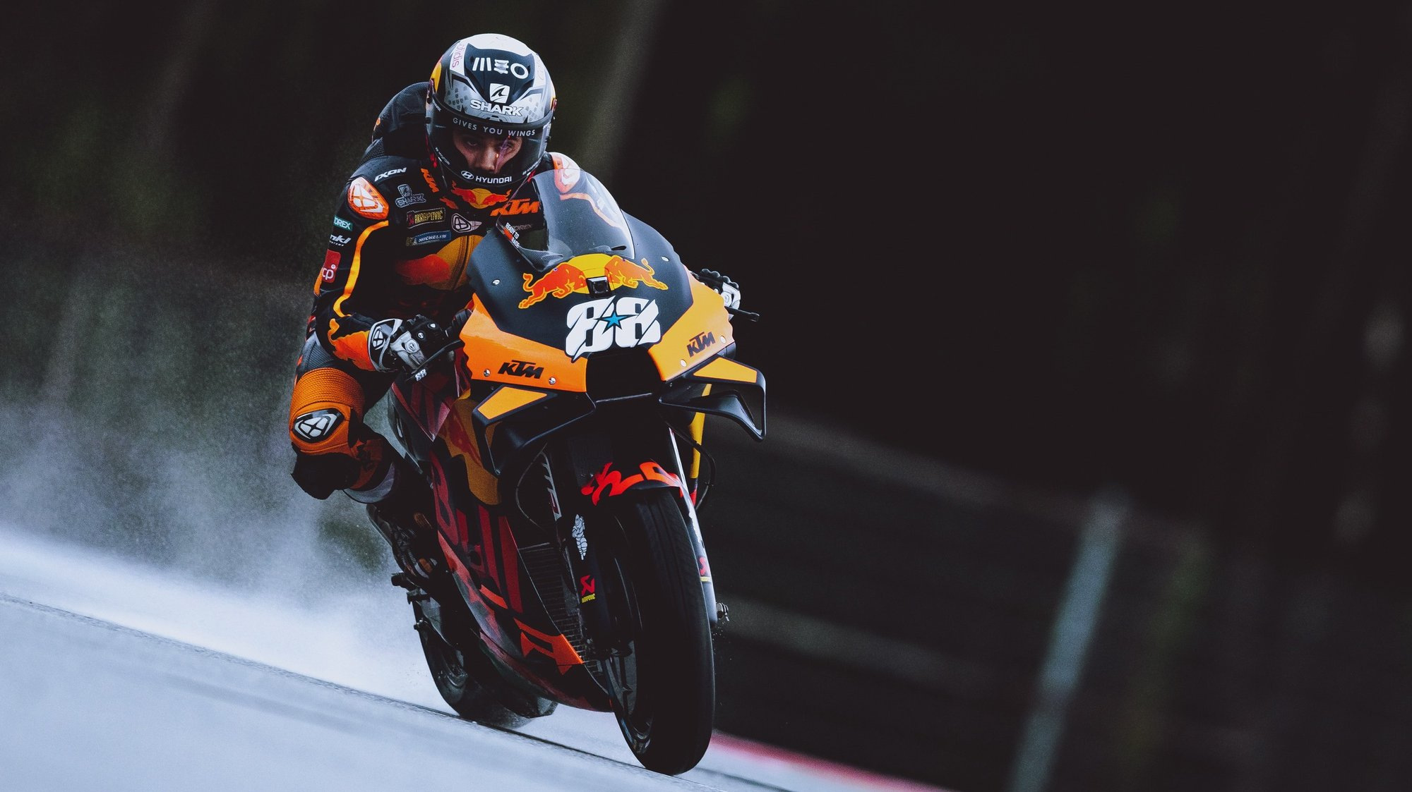 epa09405748 Portuguese MotoGP rider Miguel Oliveira of Red Bull KTM Factory Racing KTM during the warm up for the Grand Prix of Styria at the Red Bull Ring in Spielberg, Austria, 08 August 2021.  EPA/EXPA