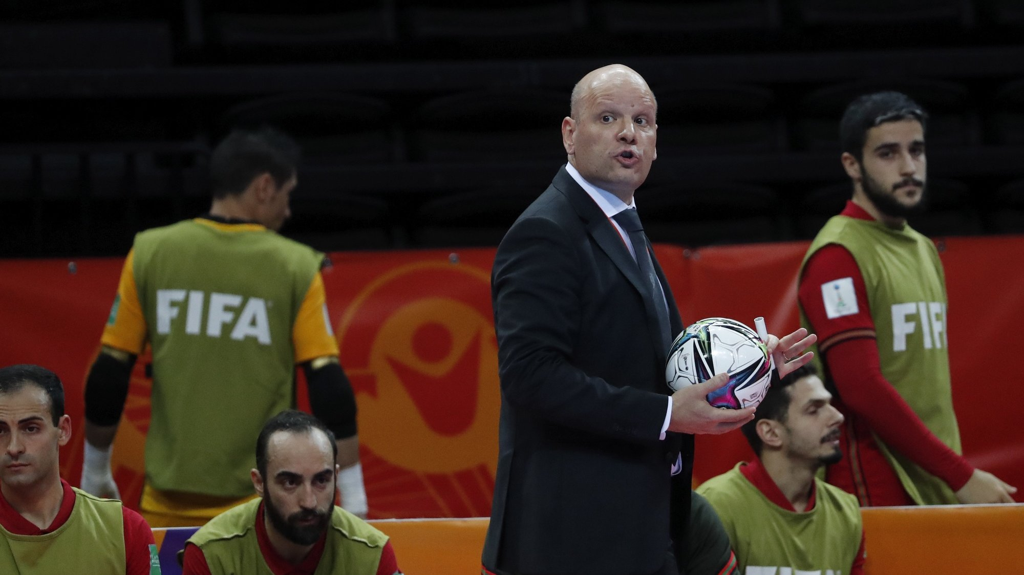 epa09504217 Head coach of Portugal's national futsal team Jorge Braz reacts during FIFA Futsal World Cup Lithuania 2021 final between Argentina and Portugal in Kaunas, Lithuania, 03 October 2021.  EPA/TOMS KALNINS
